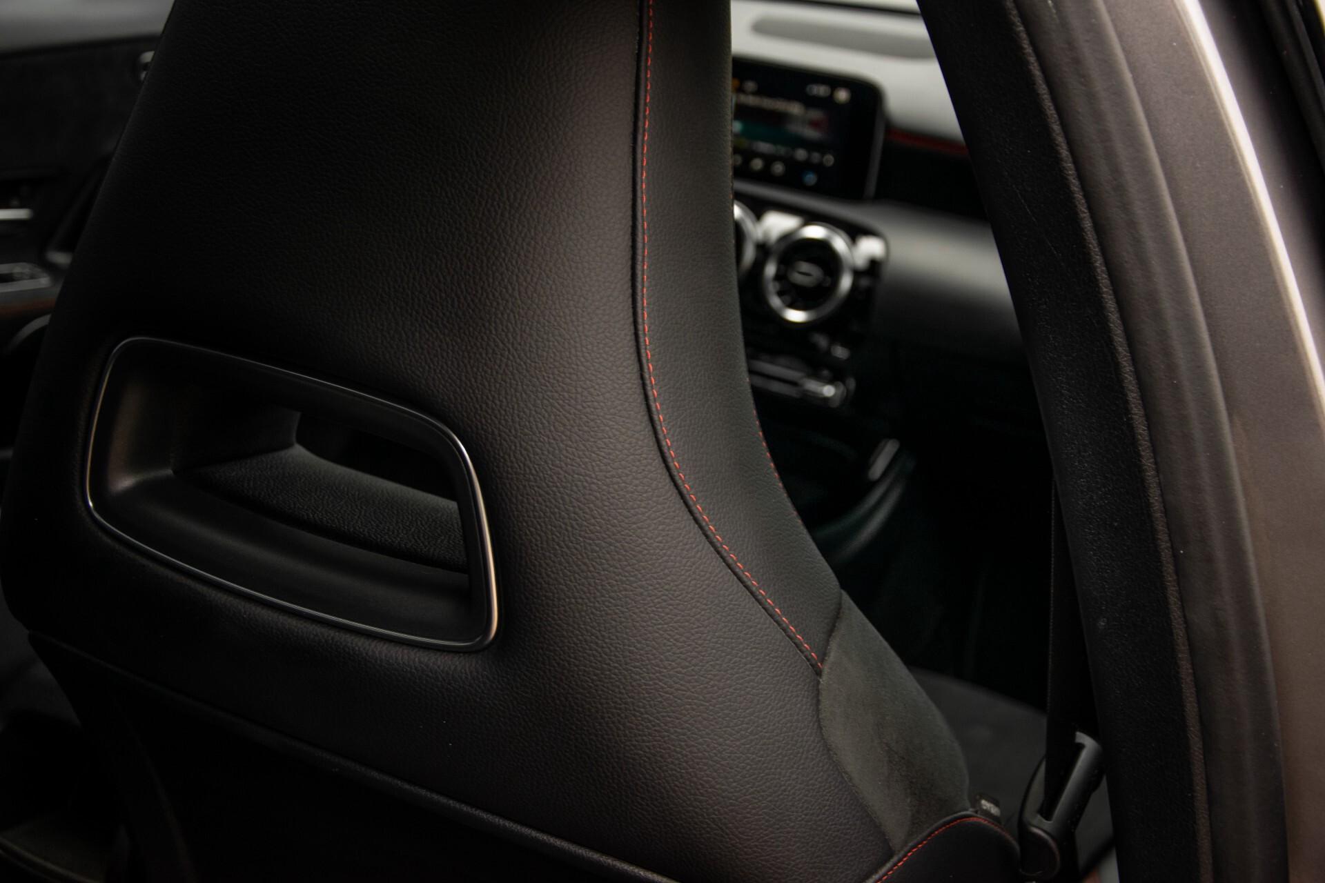 Mercedes-Benz A-Klasse 180 d AMG Panorama/MBUX/DAB/LED Aut7 Foto 43