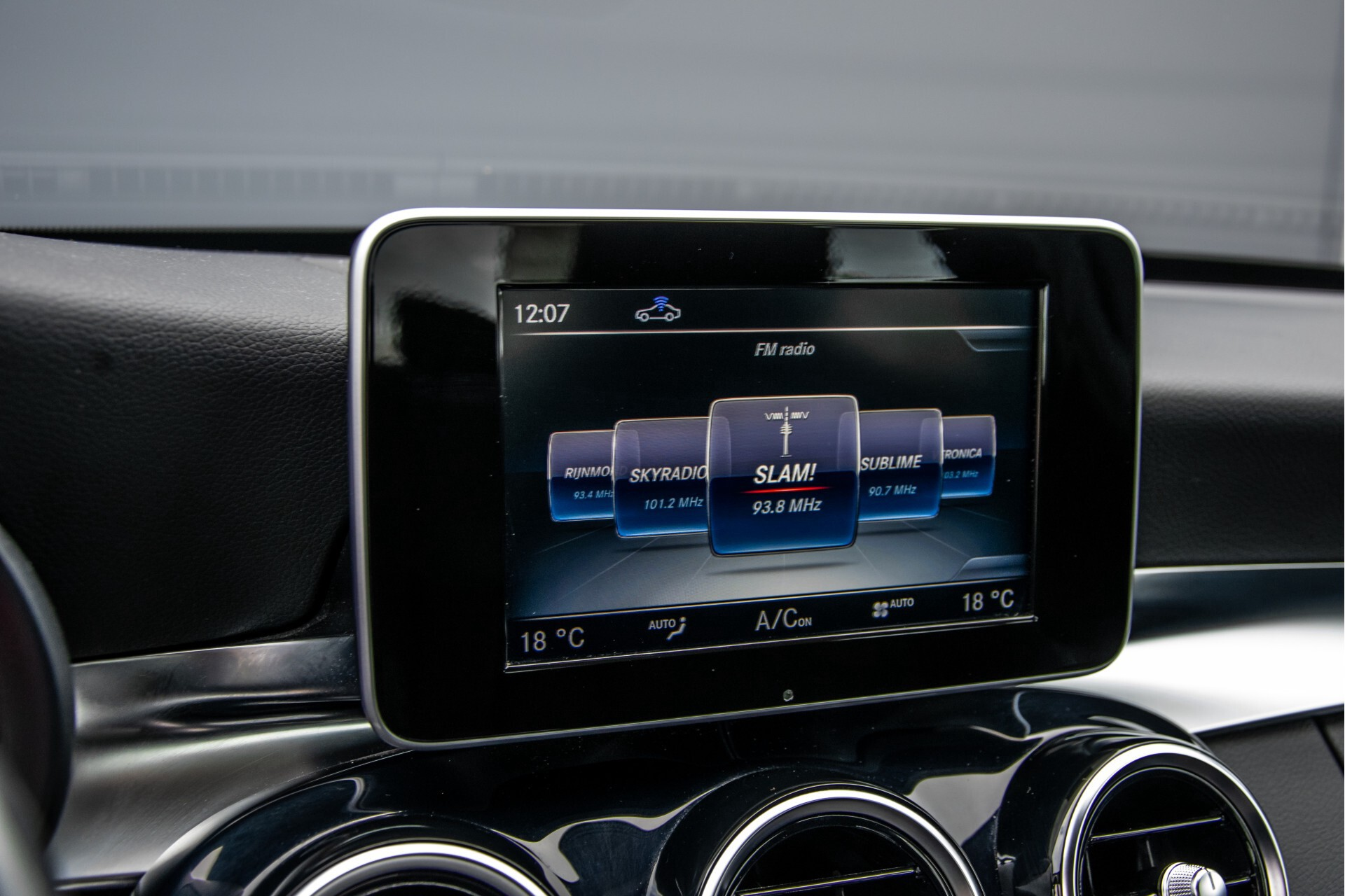 Mercedes-Benz C-Klasse 180 Bluetec Lease Edition Intelligent Light System/Cruise Control/Navi Foto 17