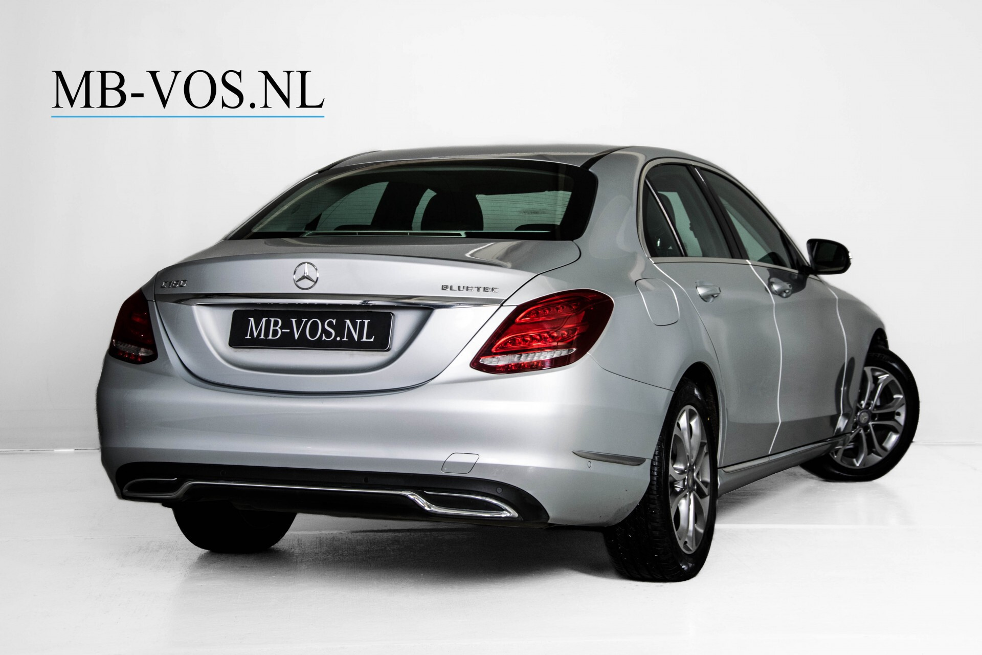 Mercedes-Benz C-Klasse 180 Bluetec Lease Edition Intelligent Light System/Cruise Control/Navi Foto 2
