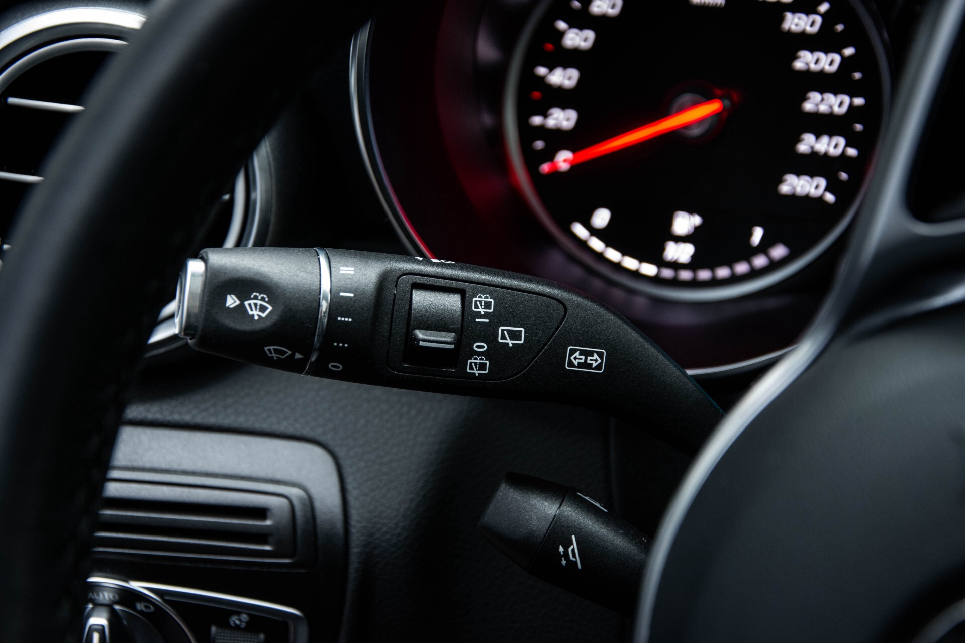 Mercedes-Benz GLC 200 4-M AMG Night/Panorama/Distronic Pro/Burmester/360camera/Exclusive Aut9 Foto 10