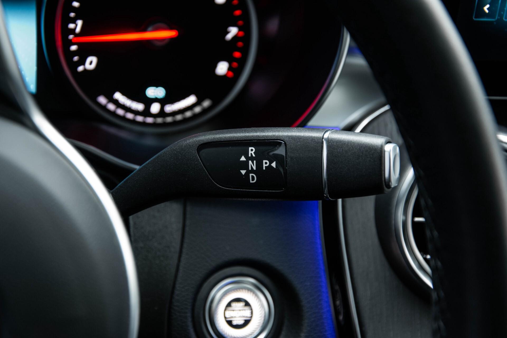 Mercedes-Benz GLC 200 4-M AMG Night/Panorama/Distronic Pro/Burmester/360camera/Exclusive Aut9 Foto 14