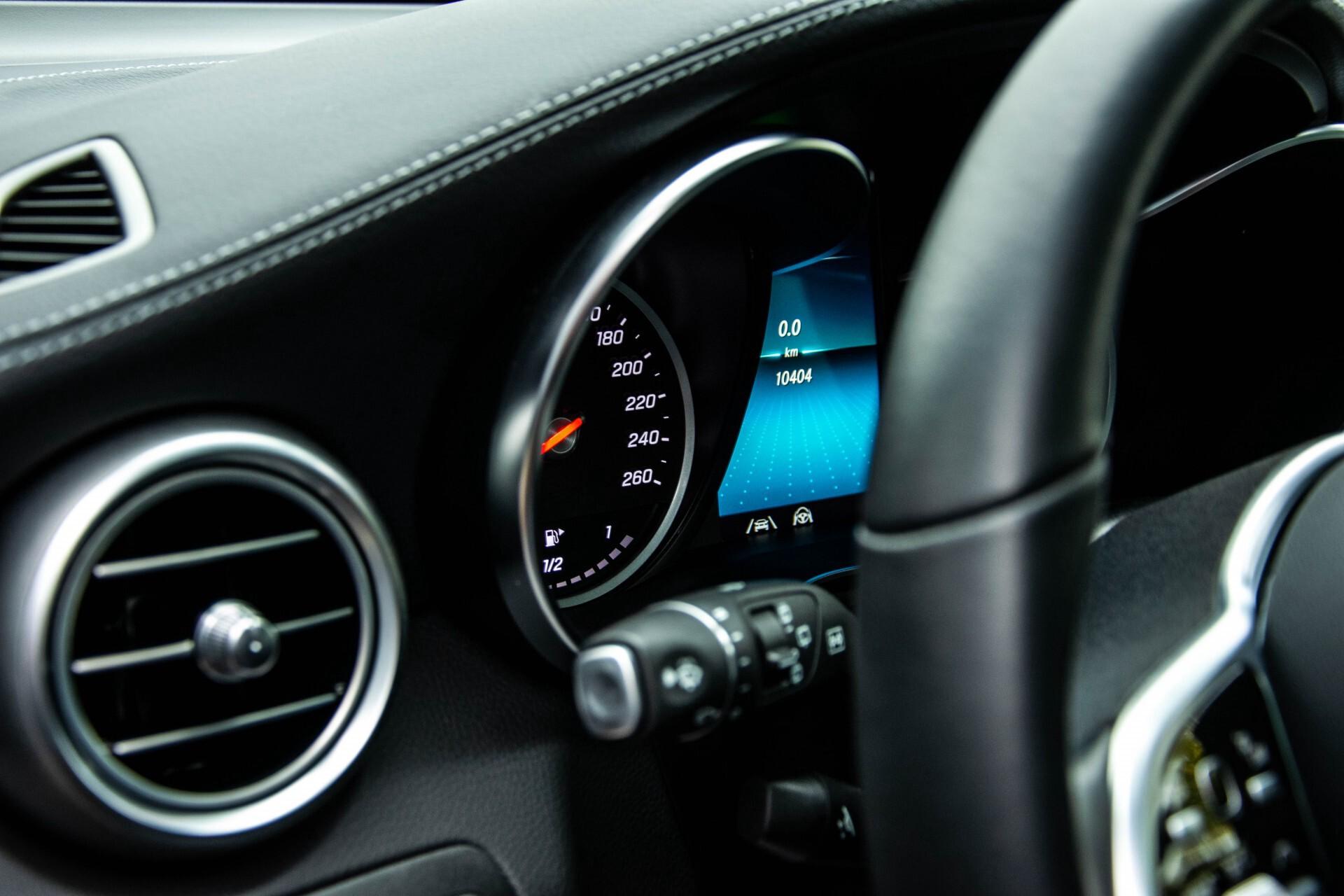 Mercedes-Benz GLC 200 4-M AMG Night/Panorama/Distronic Pro/Burmester/360camera/Exclusive Aut9 Foto 18