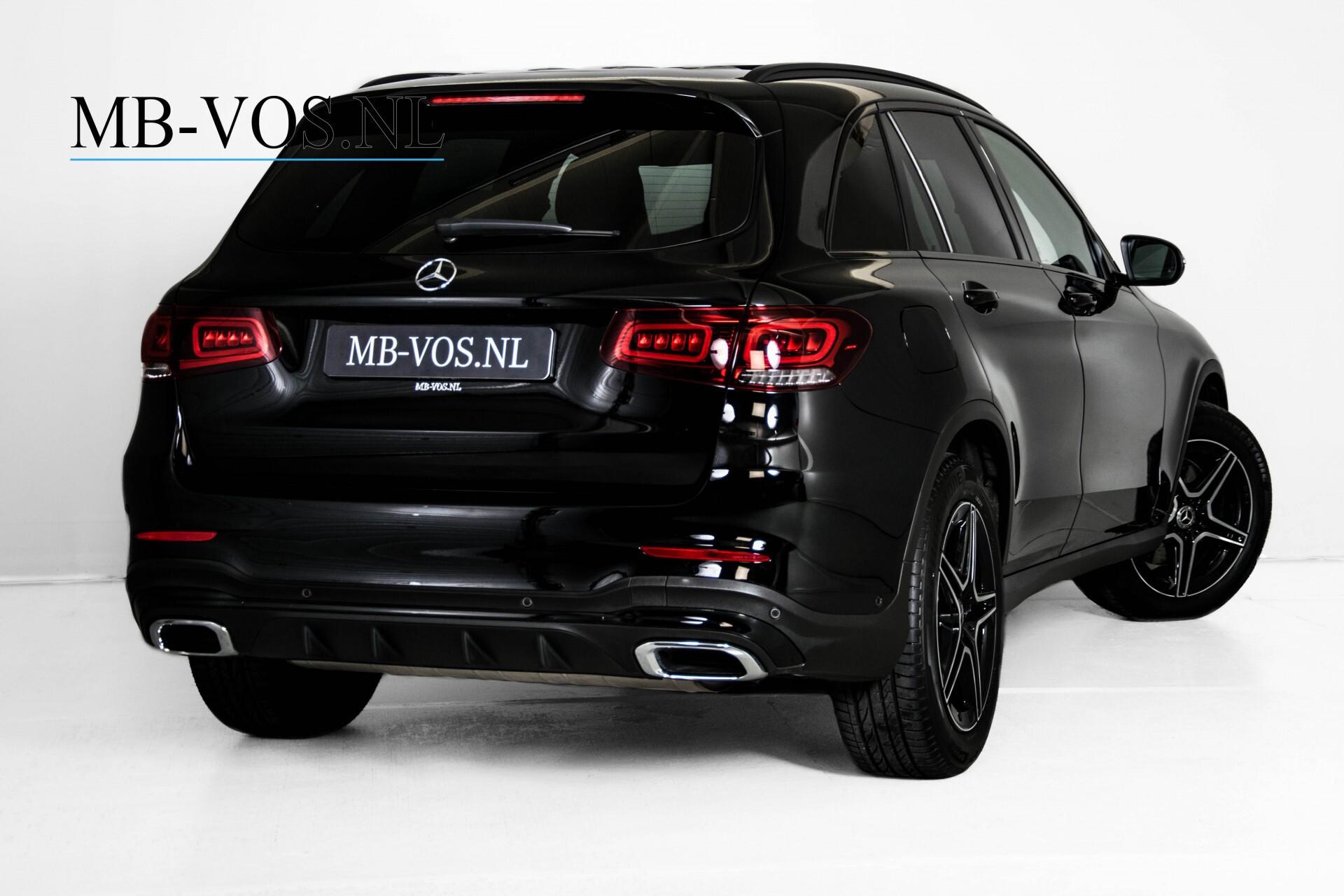 Mercedes-Benz GLC 200 4-M AMG Night/Panorama/Distronic Pro/Burmester/360camera/Exclusive Aut9 Foto 2