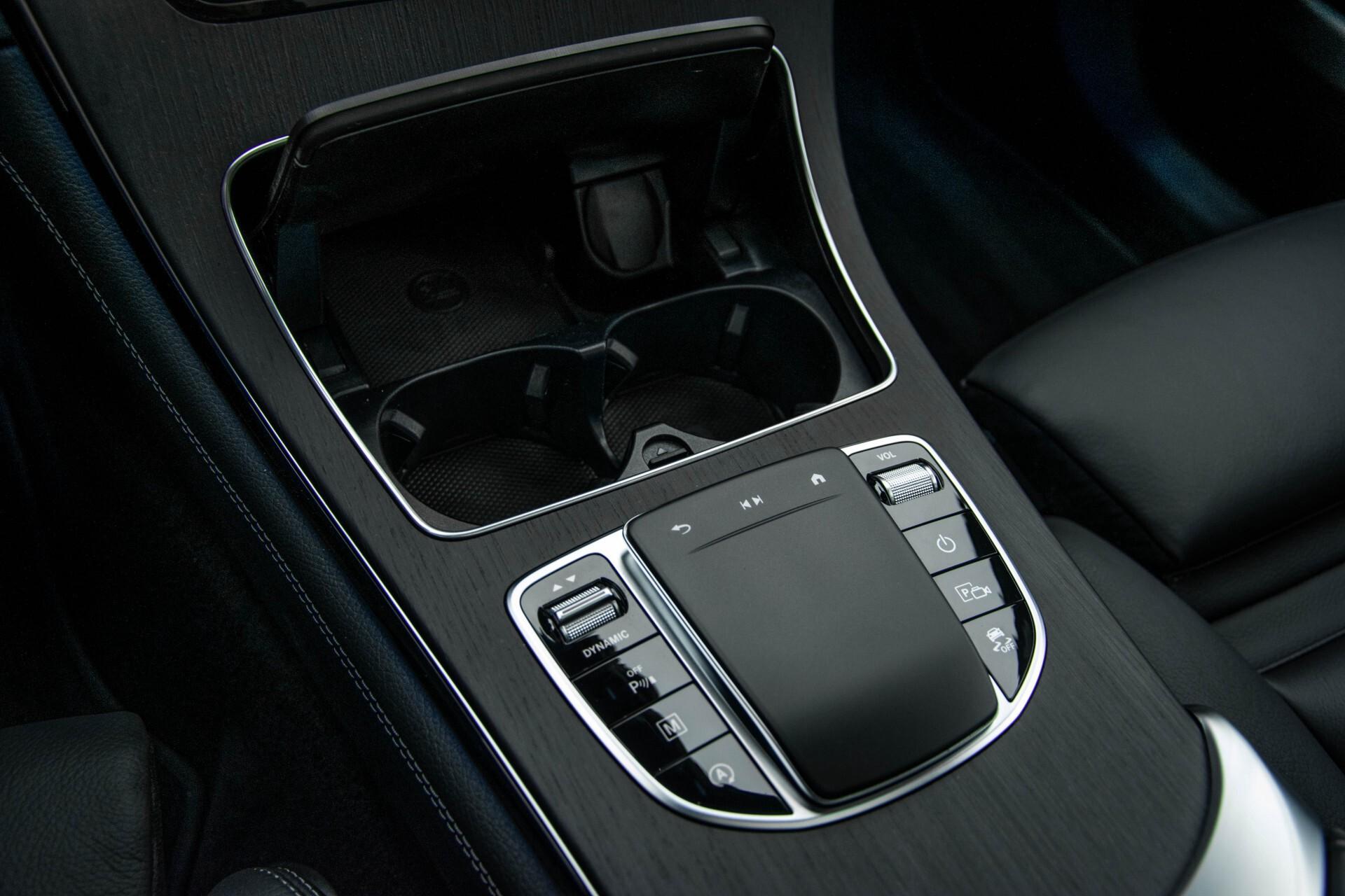Mercedes-Benz GLC 200 4-M AMG Night/Panorama/Distronic Pro/Burmester/360camera/Exclusive Aut9 Foto 28