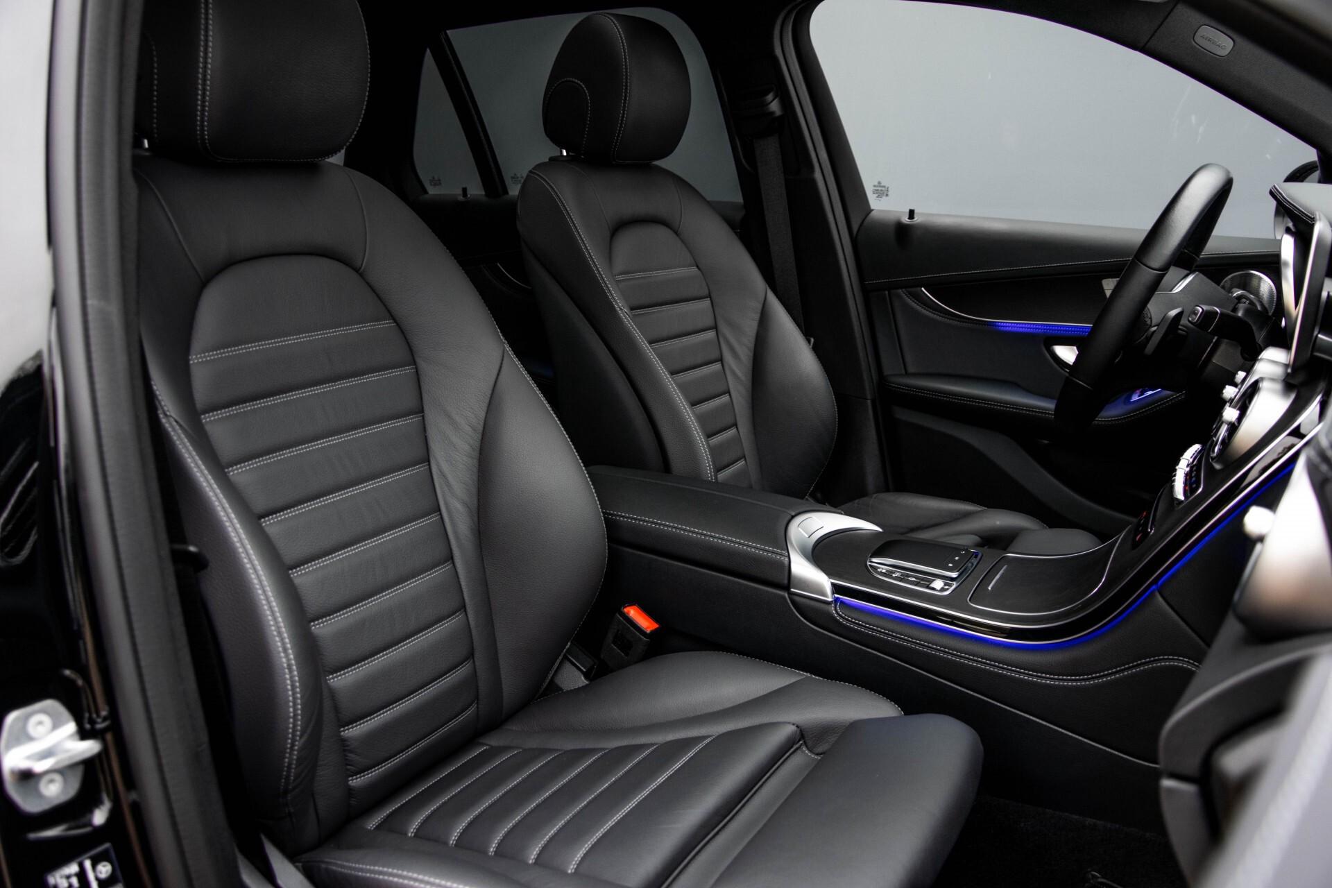 Mercedes-Benz GLC 200 4-M AMG Night/Panorama/Distronic Pro/Burmester/360camera/Exclusive Aut9 Foto 3