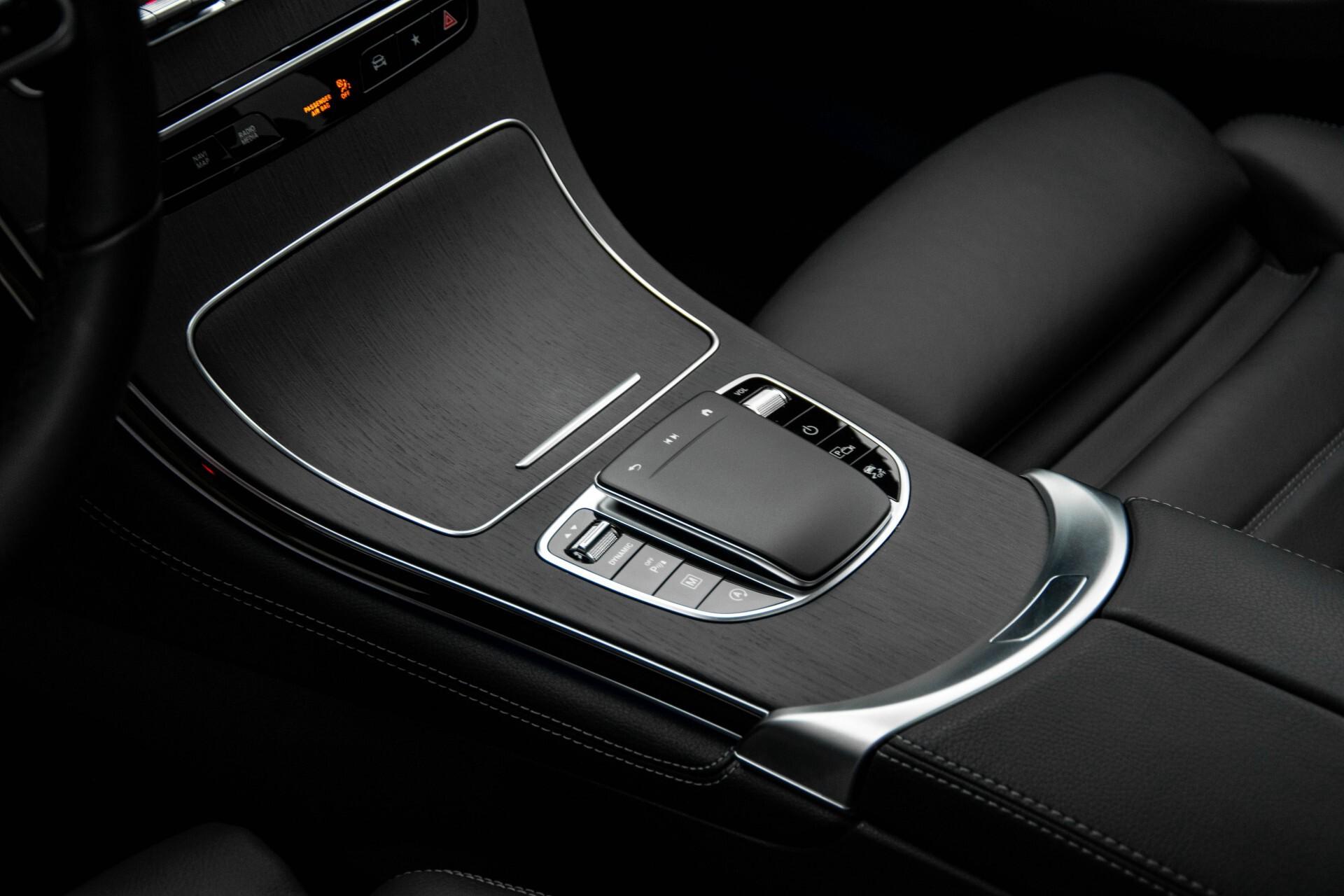 Mercedes-Benz GLC 200 4-M AMG Night/Panorama/Distronic Pro/Burmester/360camera/Exclusive Aut9 Foto 30