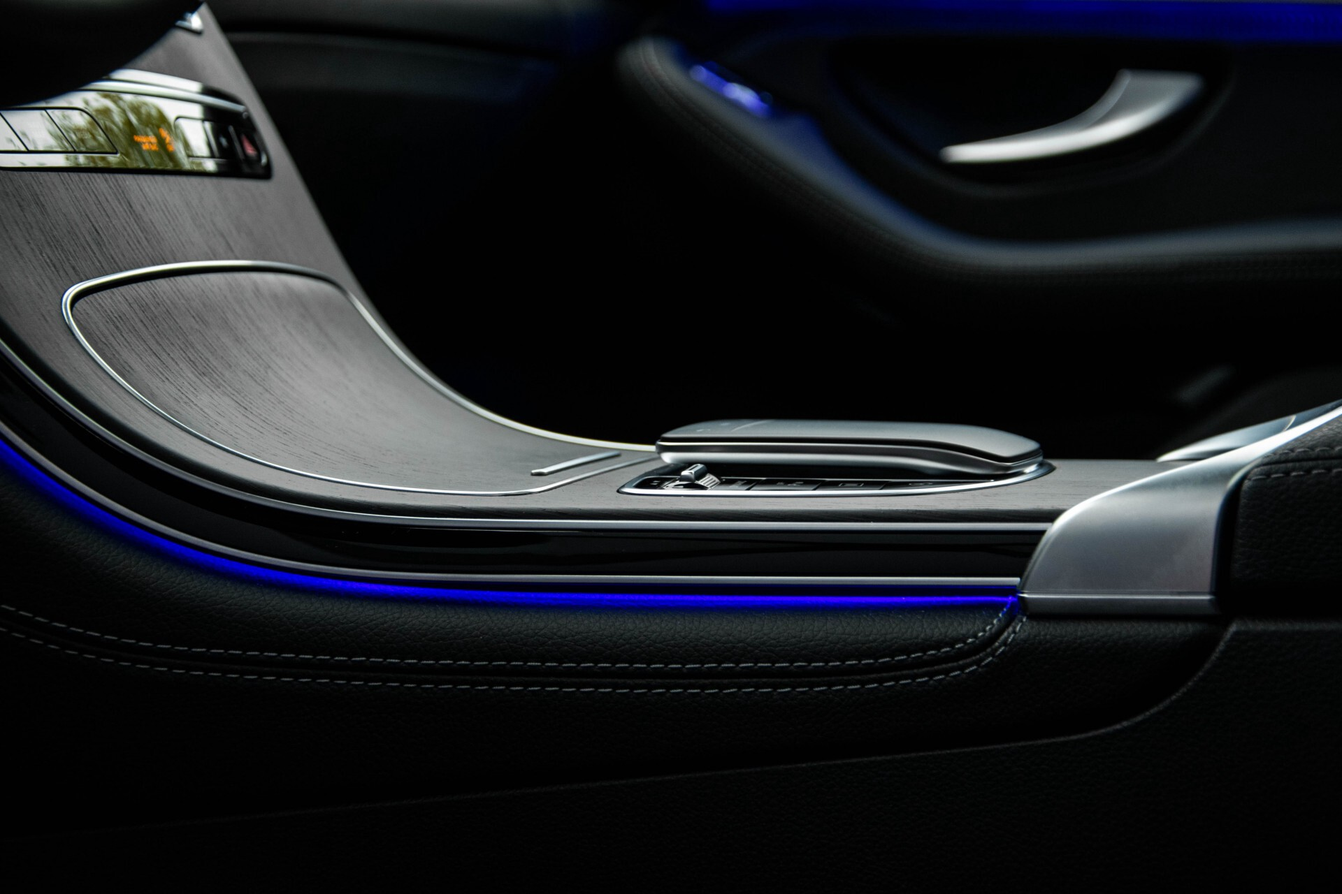 Mercedes-Benz GLC 200 4-M AMG Night/Panorama/Distronic Pro/Burmester/360camera/Exclusive Aut9 Foto 34