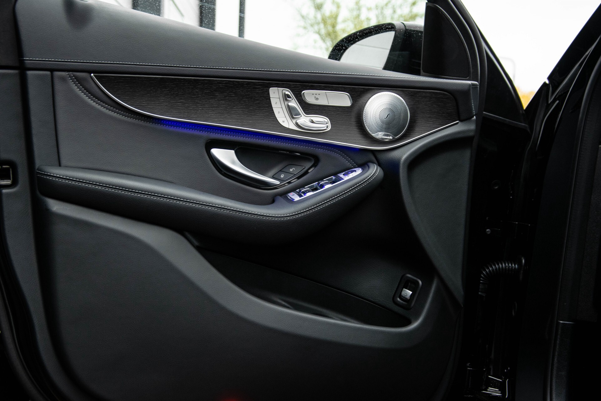 Mercedes-Benz GLC 200 4-M AMG Night/Panorama/Distronic Pro/Burmester/360camera/Exclusive Aut9 Foto 36