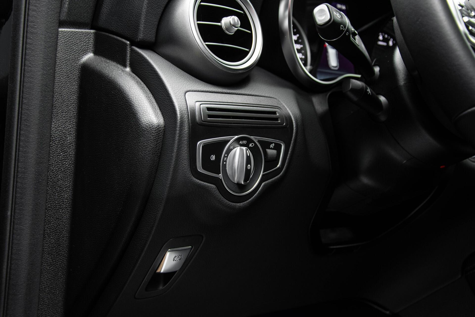 Mercedes-Benz GLC 200 4-M AMG Night/Panorama/Distronic Pro/Burmester/360camera/Exclusive Aut9 Foto 40