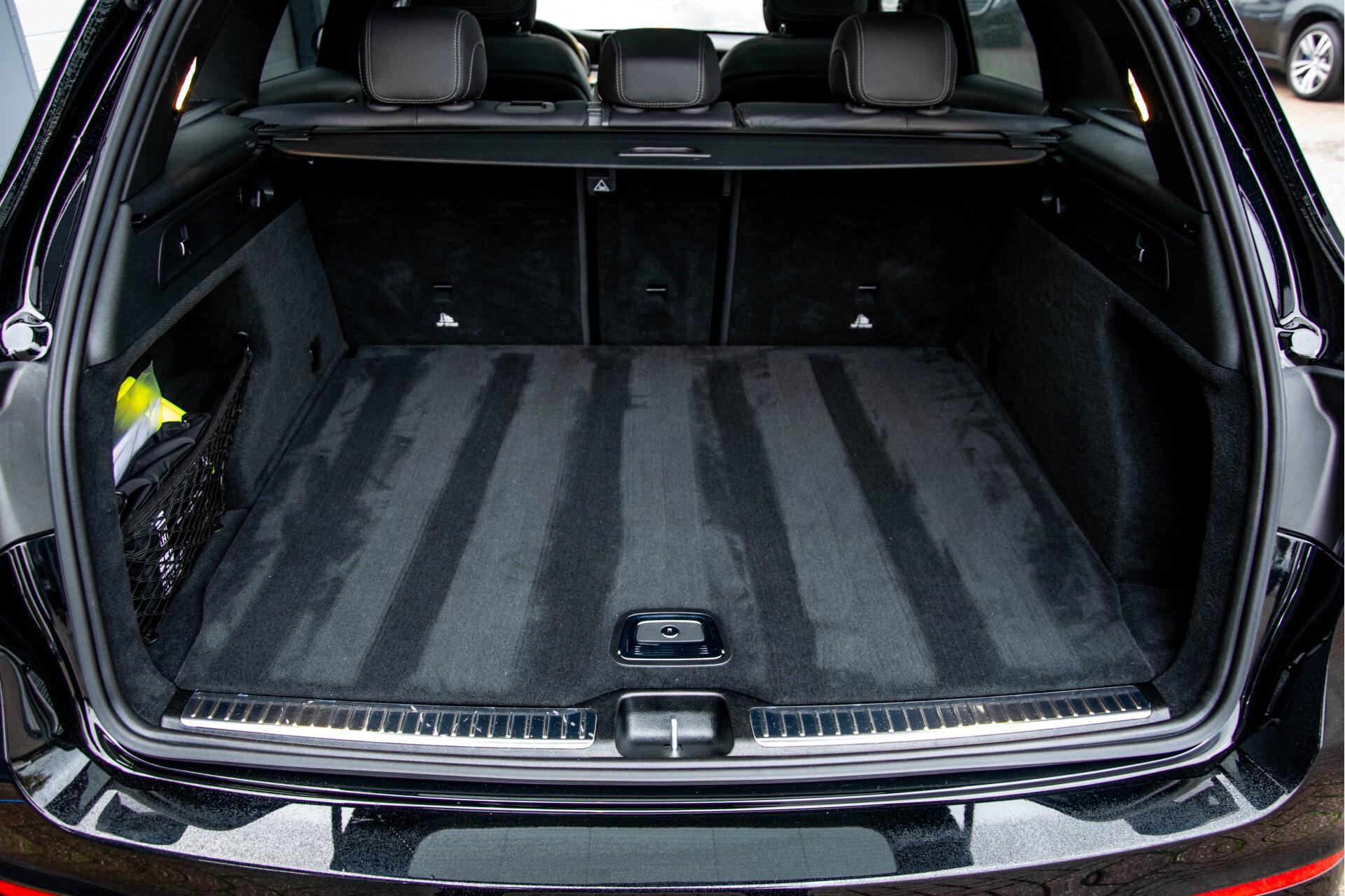 Mercedes-Benz GLC 200 4-M AMG Night/Panorama/Distronic Pro/Burmester/360camera/Exclusive Aut9 Foto 57