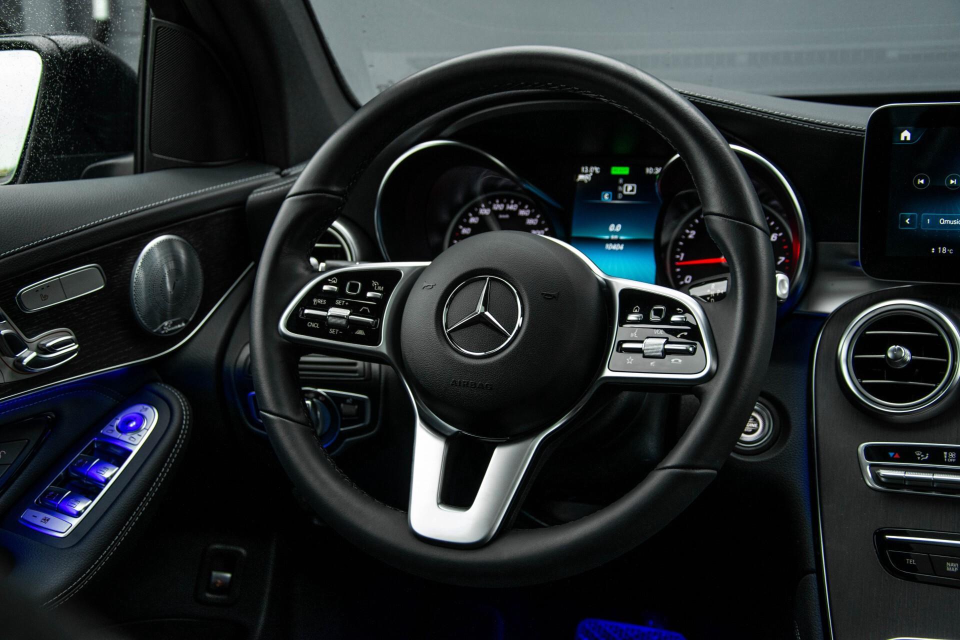 Mercedes-Benz GLC 200 4-M AMG Night/Panorama/Distronic Pro/Burmester/360camera/Exclusive Aut9 Foto 6