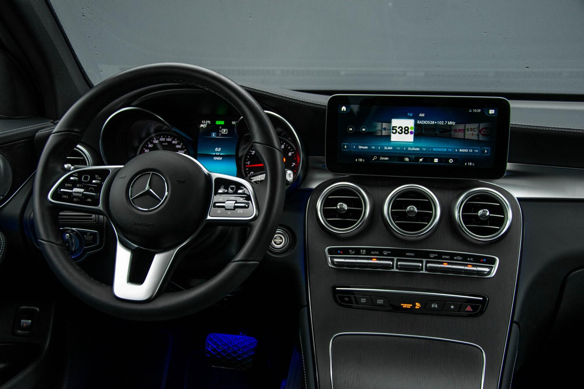 Mercedes-Benz GLC 200 4-M AMG Night/Panorama/Distronic Pro/Burmester/360camera/Exclusive Aut9 Foto 7