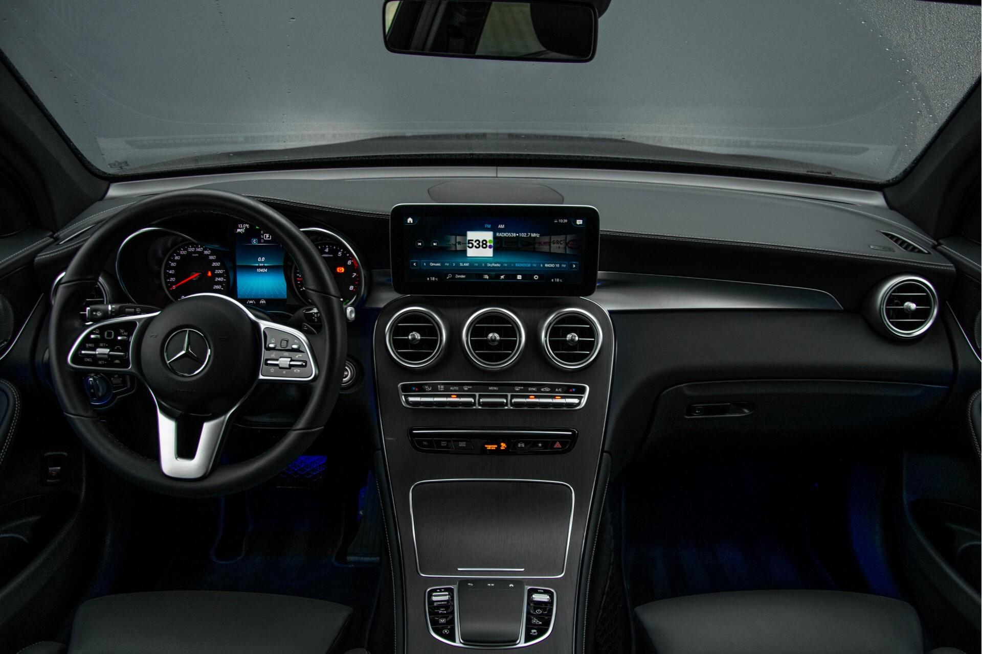 Mercedes-Benz GLC 200 4-M AMG Night/Panorama/Distronic Pro/Burmester/360camera/Exclusive Aut9 Foto 8