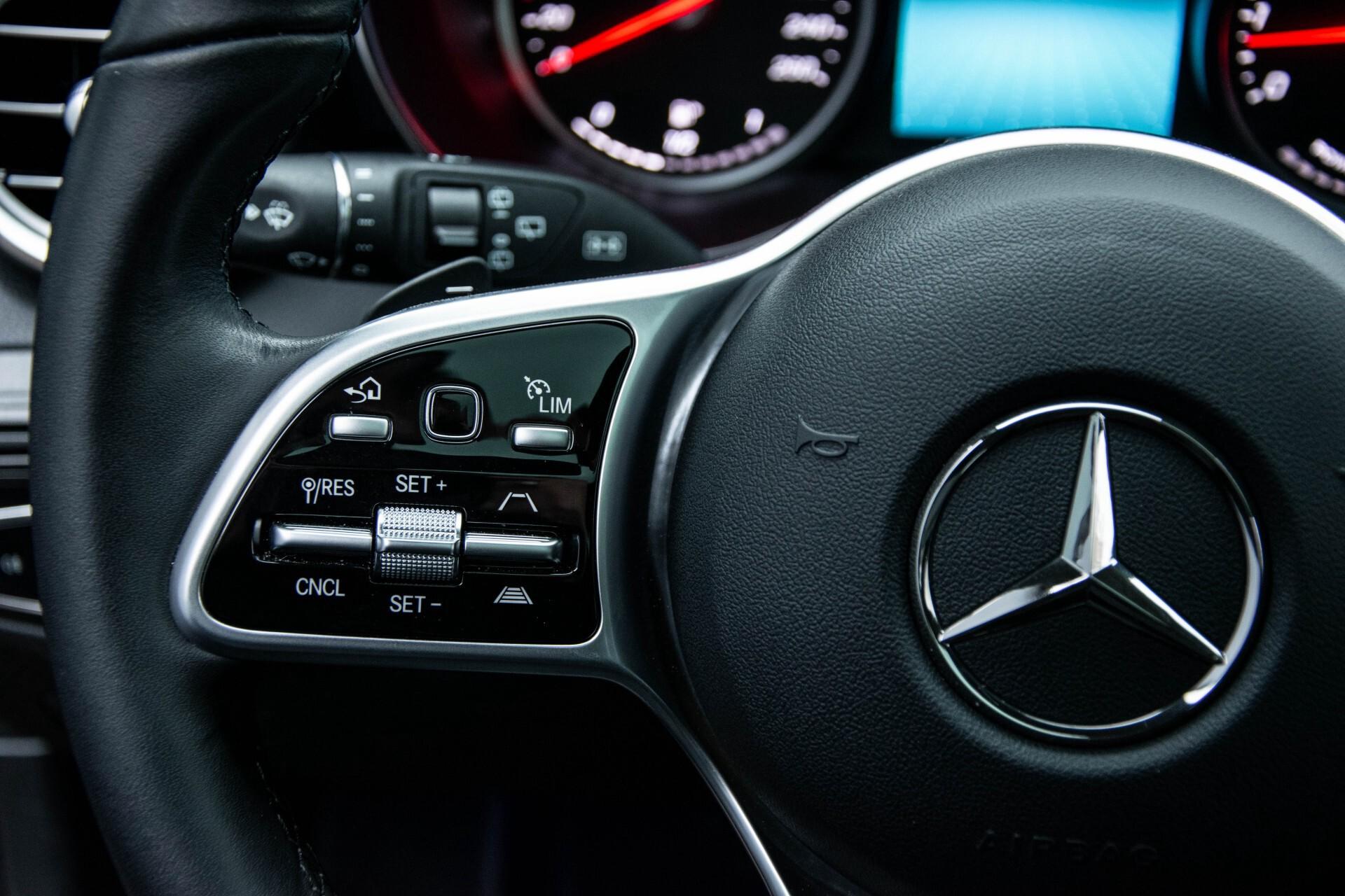 Mercedes-Benz GLC 200 4-M AMG Night/Panorama/Distronic Pro/Burmester/360camera/Exclusive Aut9 Foto 9