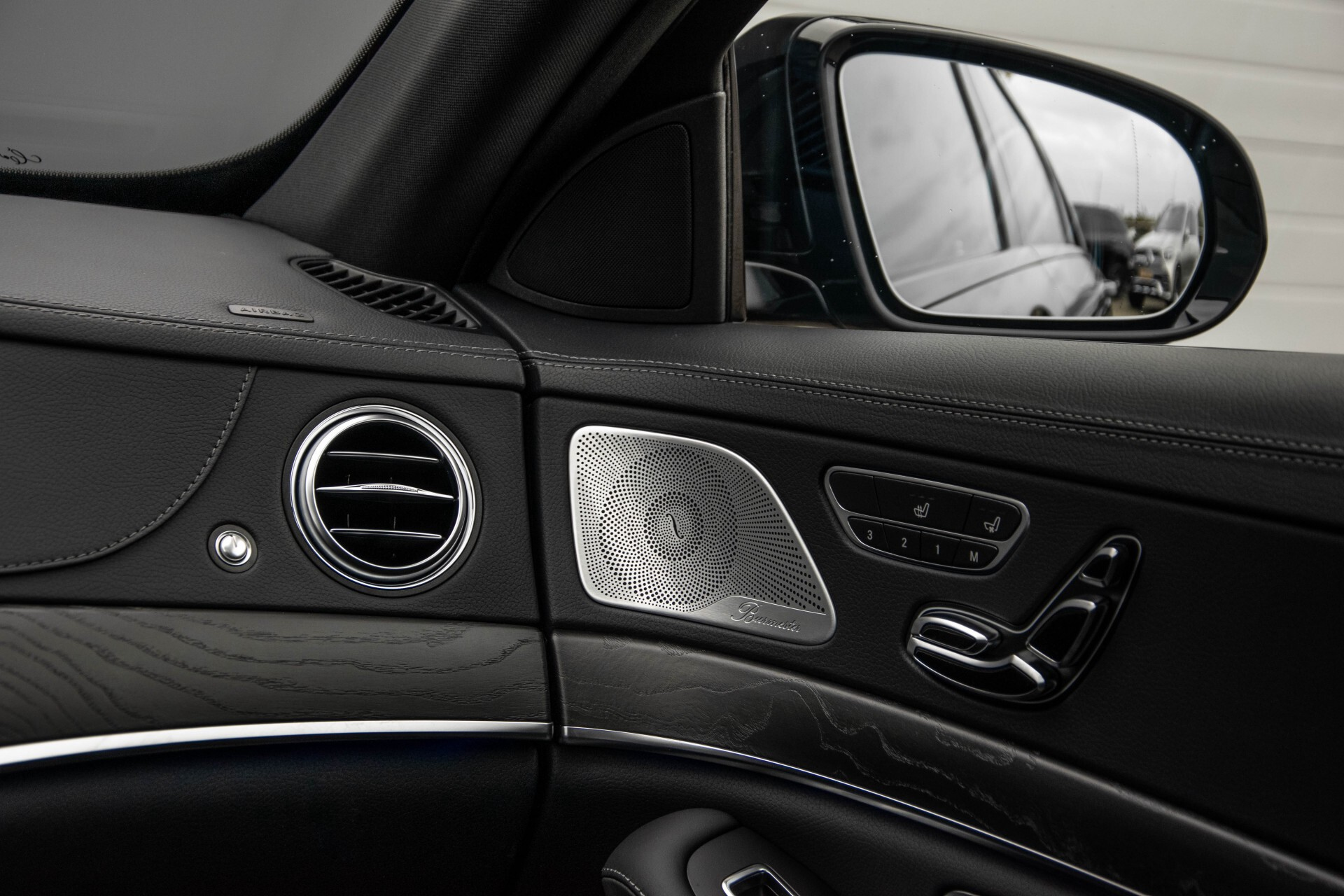 Mercedes-Benz S-Klasse 400d 4-M Lang AMG Night Massage/Panorama/Rij-assist/Nappa/Keyless Aut9 Foto 45