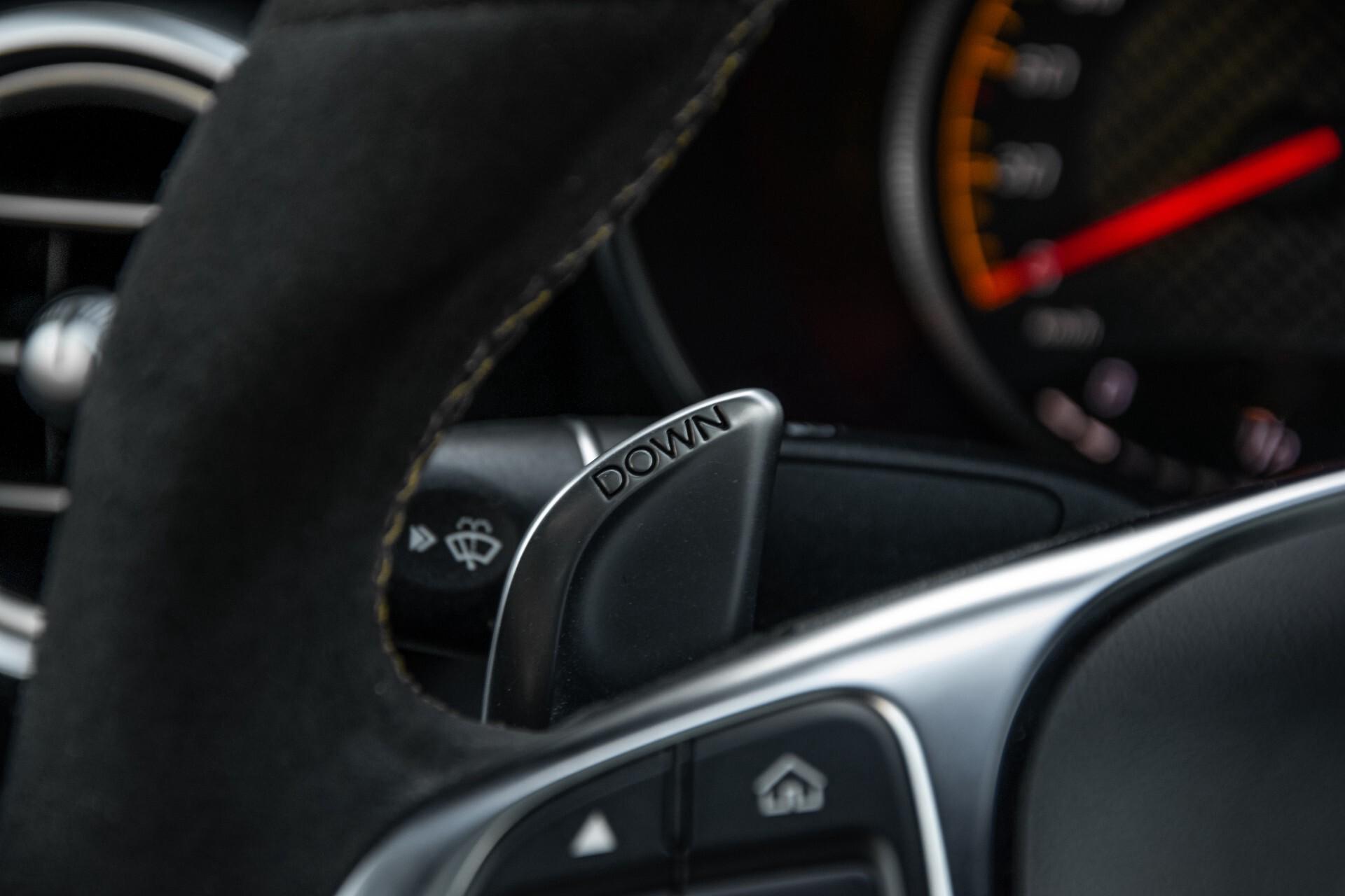 Mercedes-Benz C-Klasse Coupé 63 S AMG EDITION 1 Panorama Aut7 Foto 10