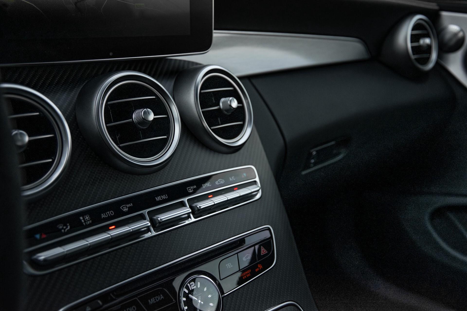 Mercedes-Benz C-Klasse Coupé 63 S AMG EDITION 1 Panorama Aut7 Foto 17