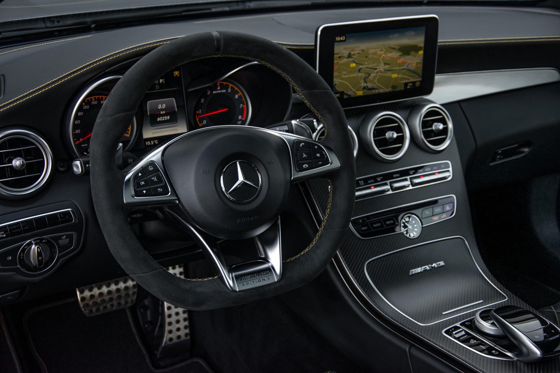 Mercedes-Benz C-Klasse Coupé 63 S AMG EDITION 1 Panorama Aut7 Foto 36
