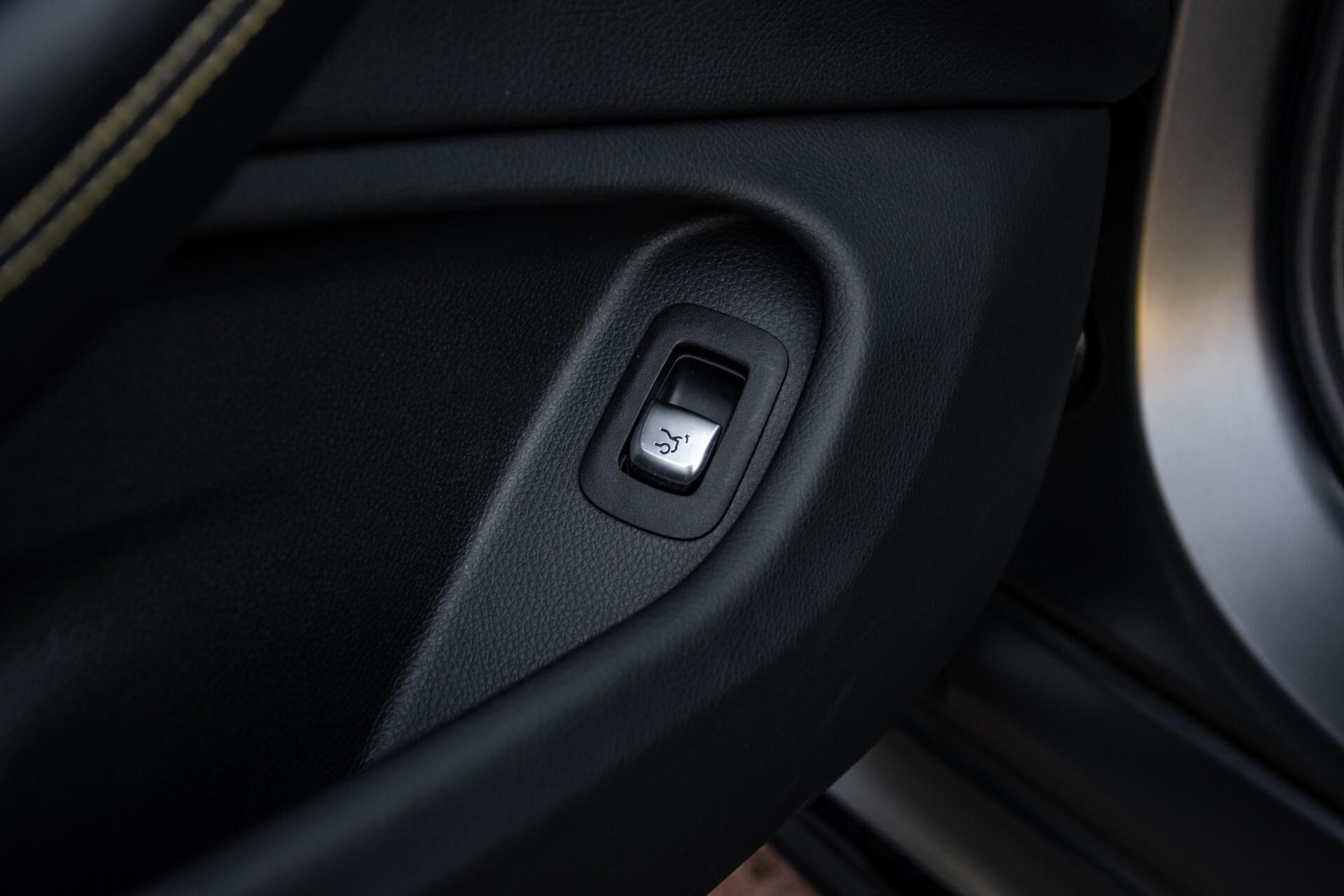 Mercedes-Benz C-Klasse Coupé 63 S AMG EDITION 1 Panorama Aut7 Foto 44