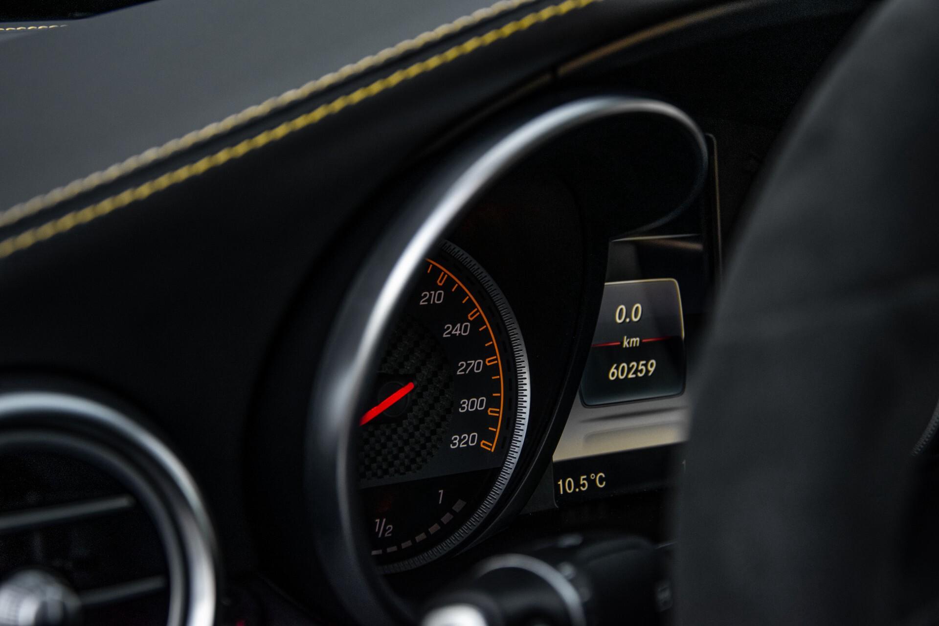 Mercedes-Benz C-Klasse Coupé 63 S AMG EDITION 1 Panorama Aut7 Foto 48