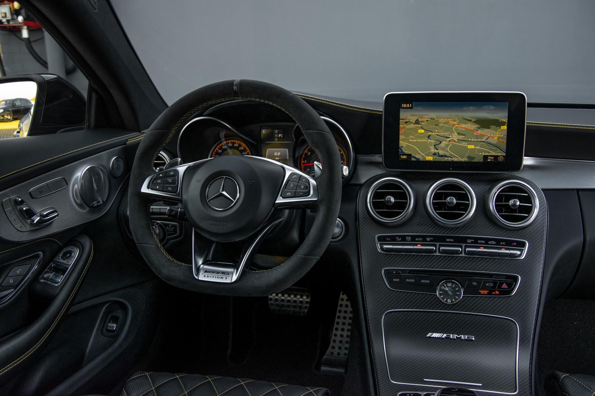 Mercedes-Benz C-Klasse Coupé 63 S AMG EDITION 1 Panorama Aut7 Foto 5