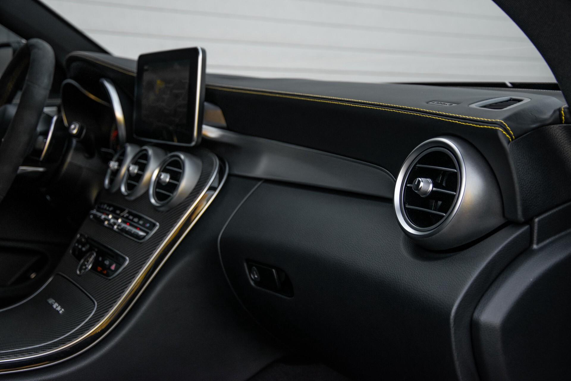Mercedes-Benz C-Klasse Coupé 63 S AMG EDITION 1 Panorama Aut7 Foto 56