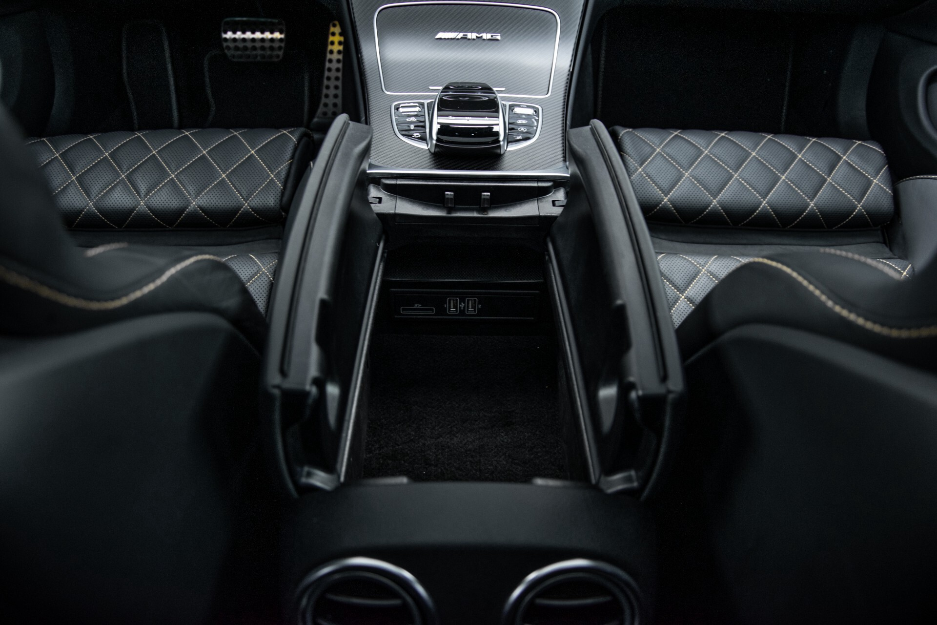 Mercedes-Benz C-Klasse Coupé 63 S AMG EDITION 1 Panorama Aut7 Foto 57