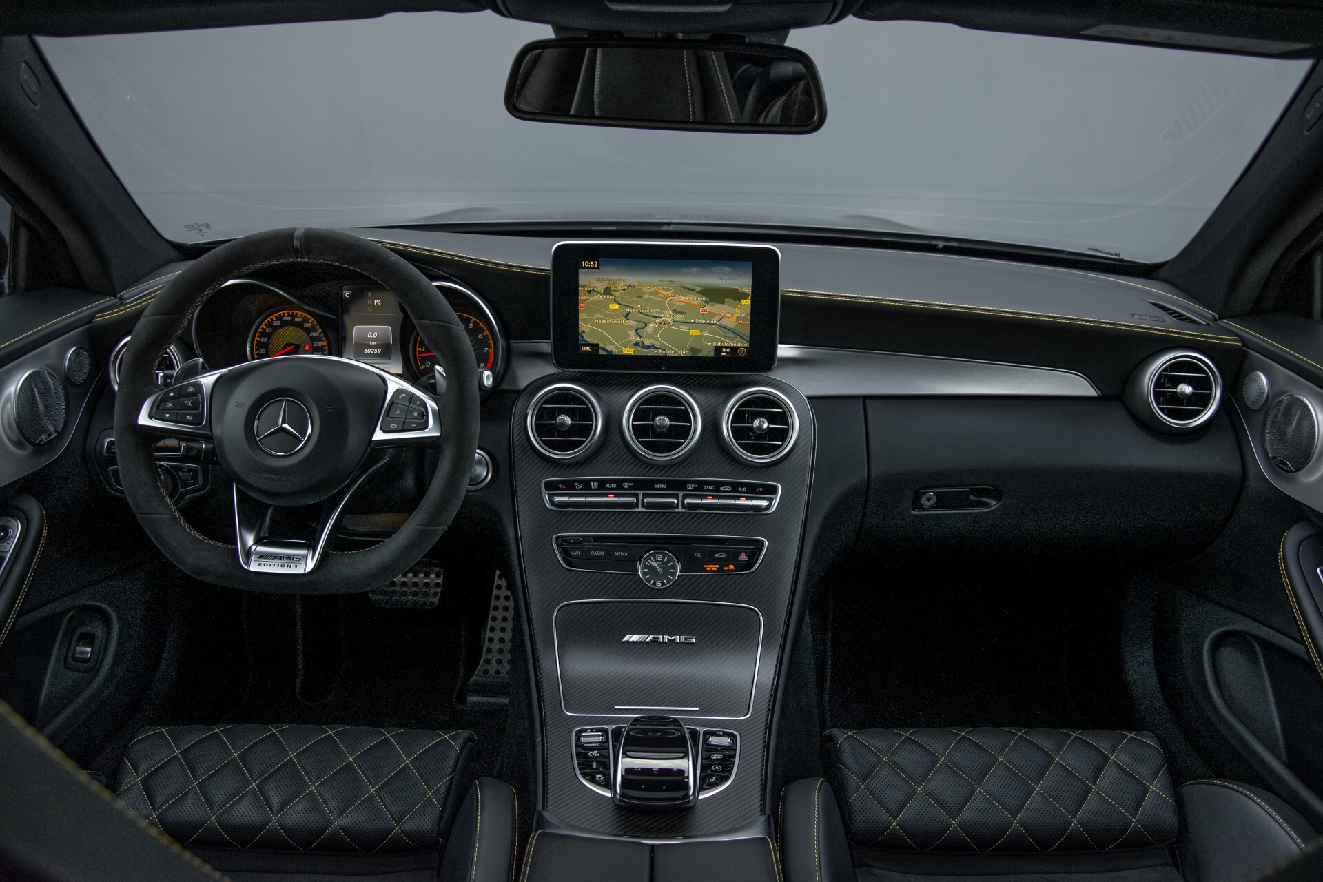 Mercedes-Benz C-Klasse Coupé 63 S AMG EDITION 1 Panorama Aut7 Foto 6