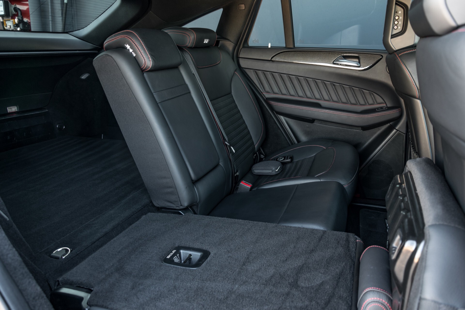 Mercedes-Benz GLE Coupé 350 d 4-M AMG Active Curve/Entertainment/Carbon/Distronic/Keyless/Night Aut9 Foto 6
