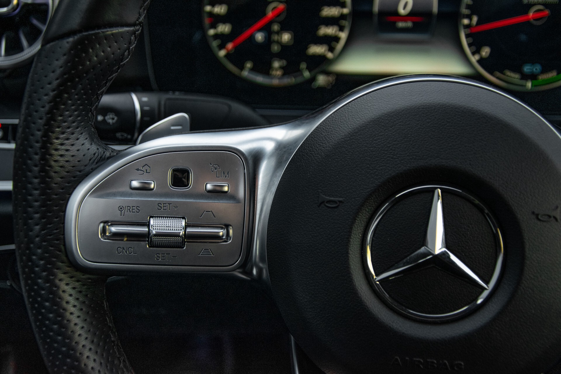Mercedes-Benz E-Klasse Cabrio 350 AMG Night Distronic Pro/Burmester/Widescreen/Mem/Camera/Dynamic Body Aut9 Foto 10