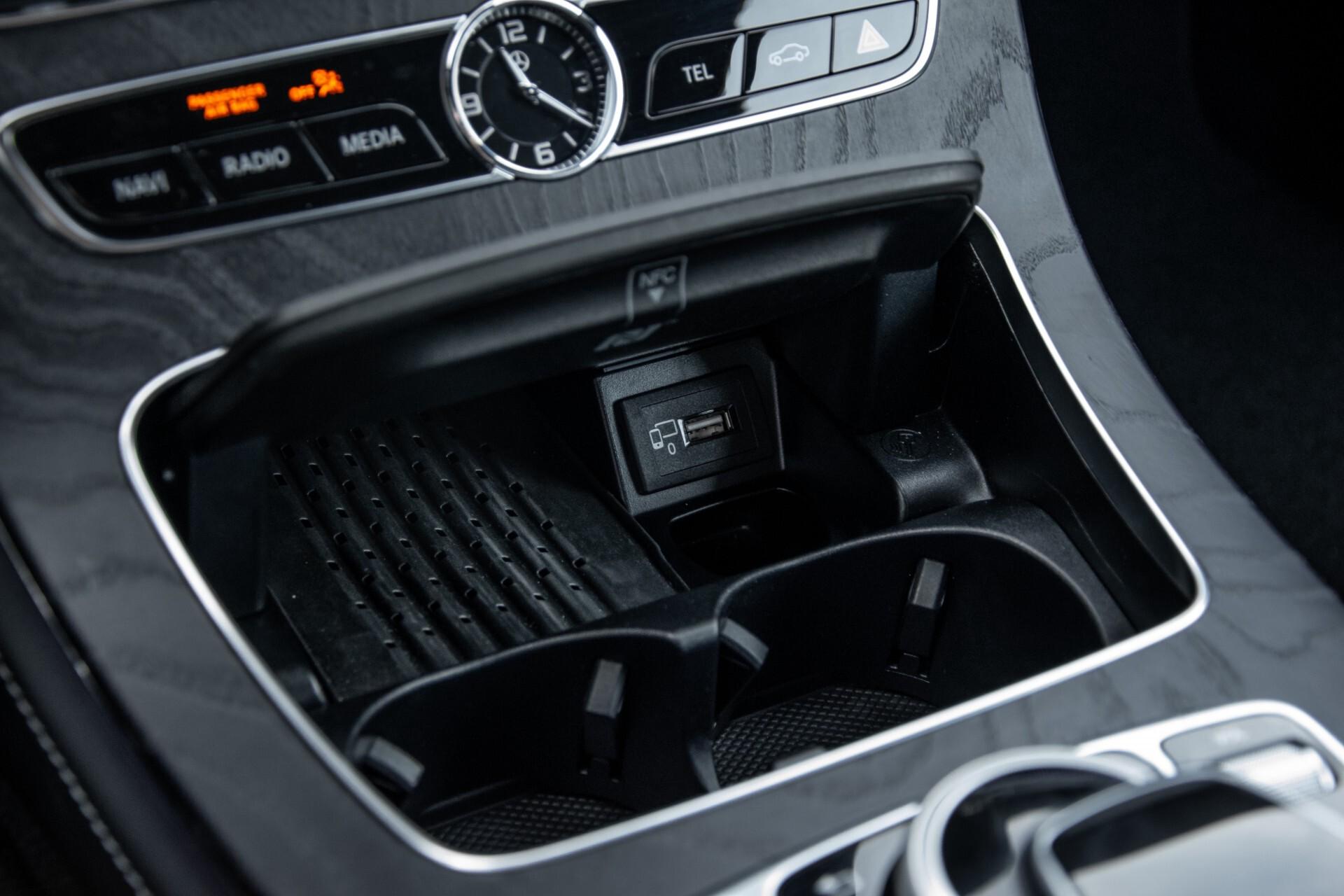 Mercedes-Benz E-Klasse Cabrio 350 AMG Night Distronic Pro/Burmester/Widescreen/Mem/Camera/Dynamic Body Aut9 Foto 25