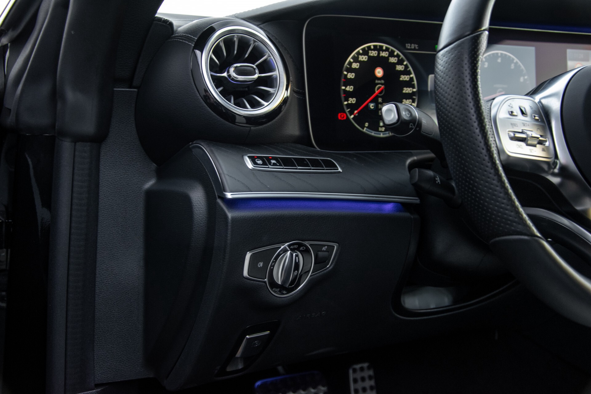Mercedes-Benz E-Klasse Cabrio 350 AMG Night Distronic Pro/Burmester/Widescreen/Mem/Camera/Dynamic Body Aut9 Foto 42