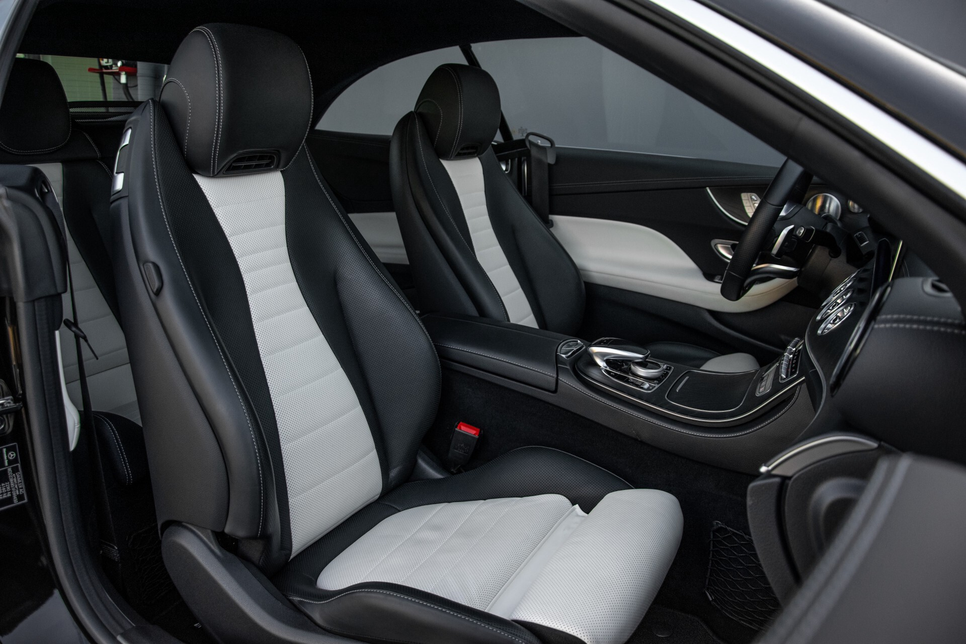 Mercedes-Benz E-Klasse Cabrio 350 AMG Night Distronic Pro/Burmester/Widescreen/Mem/Camera/Dynamic Body Aut9 Foto 5