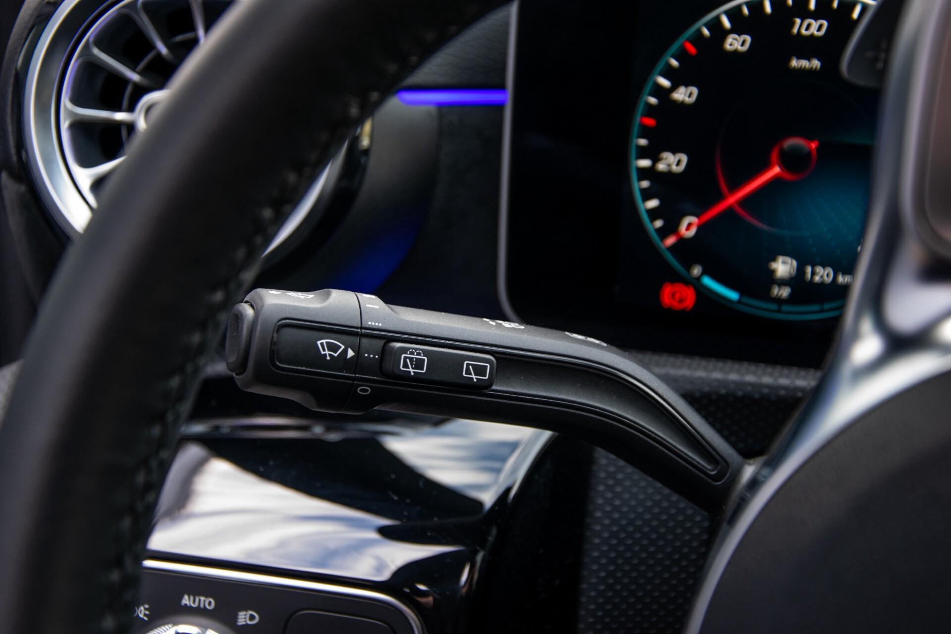 Mercedes-Benz A-Klasse 250 4-M AMG Panorama/Keyless-Entry/MBUX/HUD/Burmester/360/Multibeam LED Aut7 Foto 11