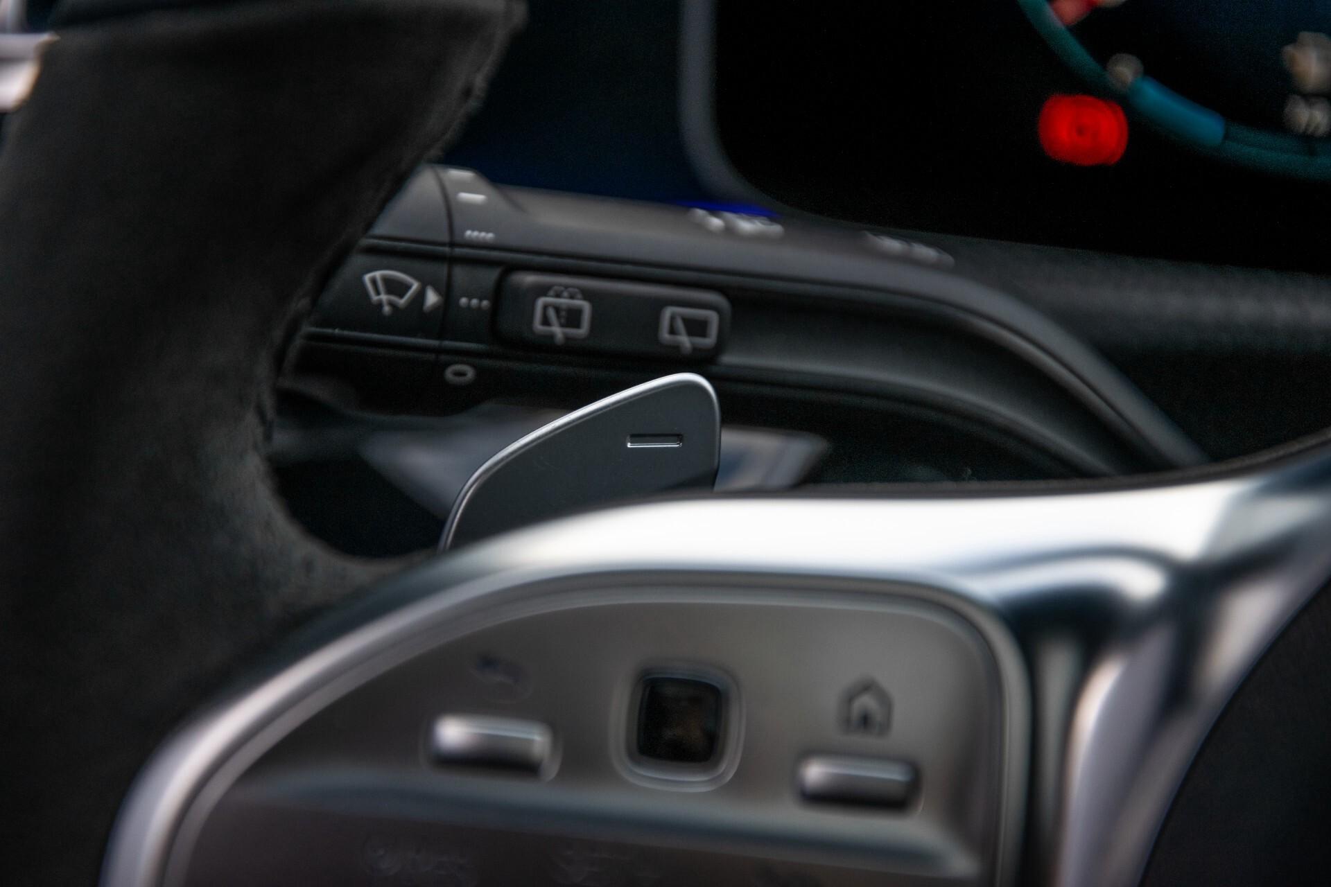 Mercedes-Benz A-Klasse 250 4-M AMG Panorama/Keyless-Entry/MBUX/HUD/Burmester/360/Multibeam LED Aut7 Foto 12