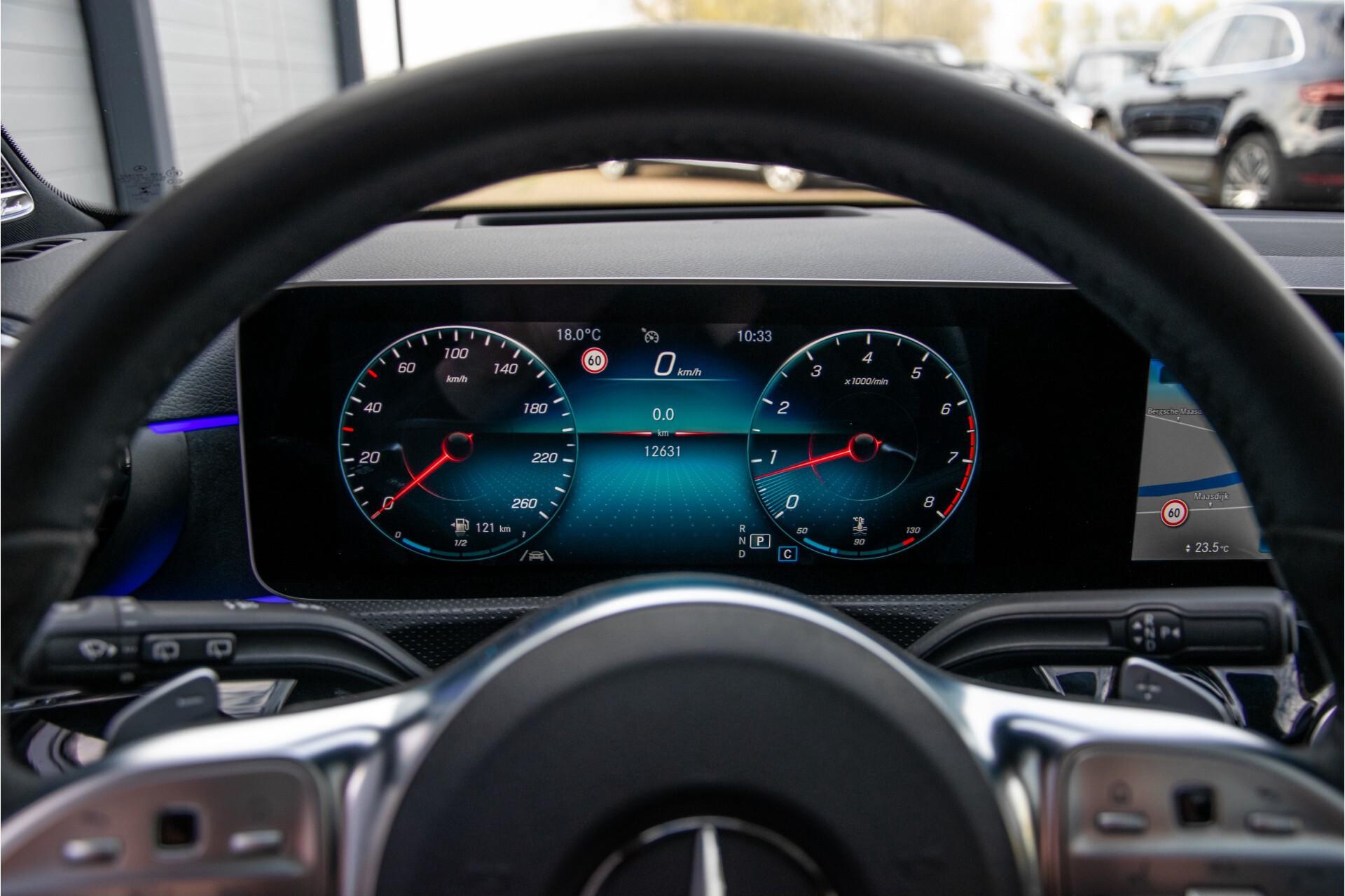 Mercedes-Benz A-Klasse 250 4-M AMG Panorama/Keyless-Entry/MBUX/HUD/Burmester/360/Multibeam LED Aut7 Foto 13