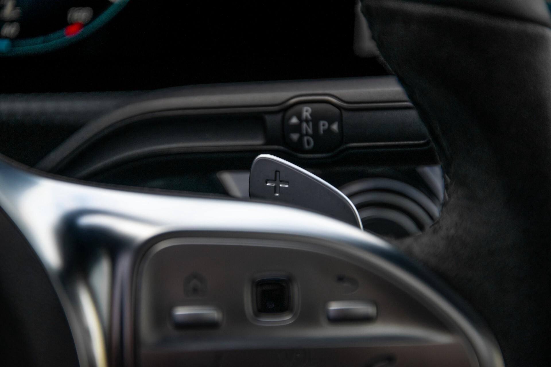 Mercedes-Benz A-Klasse 250 4-M AMG Panorama/Keyless-Entry/MBUX/HUD/Burmester/360/Multibeam LED Aut7 Foto 14