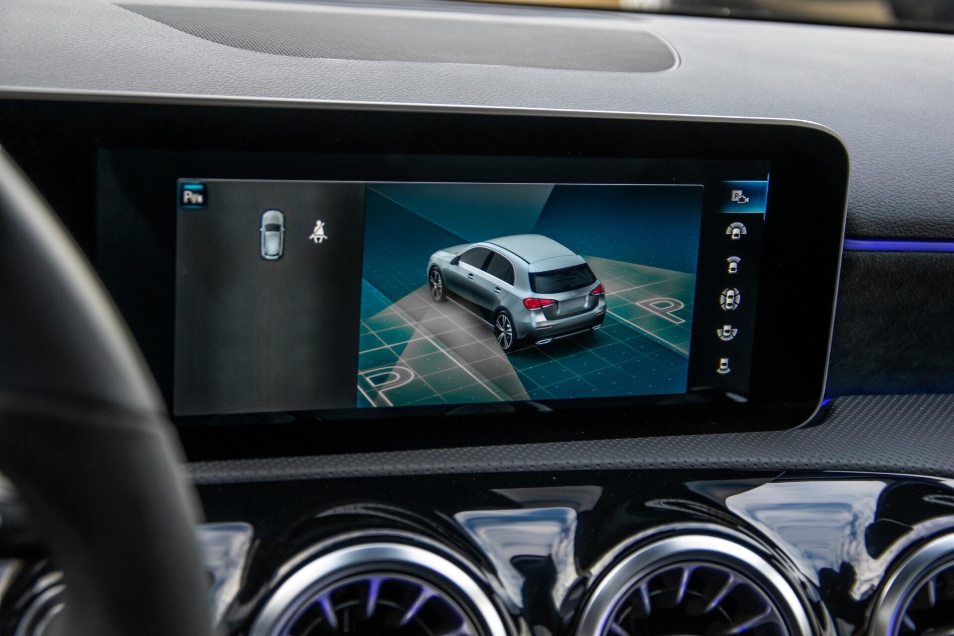 Mercedes-Benz A-Klasse 250 4-M AMG Panorama/Keyless-Entry/MBUX/HUD/Burmester/360/Multibeam LED Aut7 Foto 25