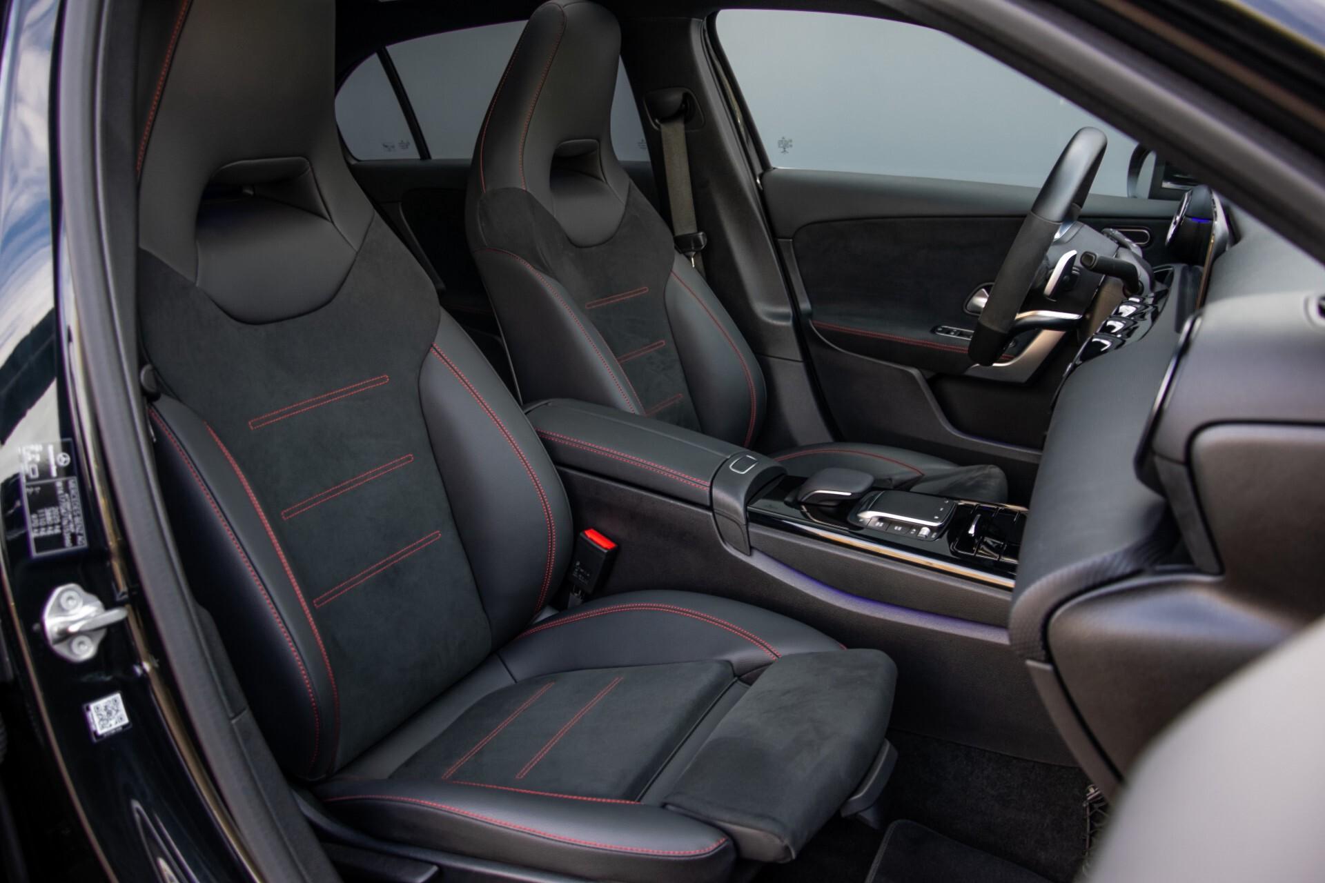 Mercedes-Benz A-Klasse 250 4-M AMG Panorama/Keyless-Entry/MBUX/HUD/Burmester/360/Multibeam LED Aut7 Foto 3