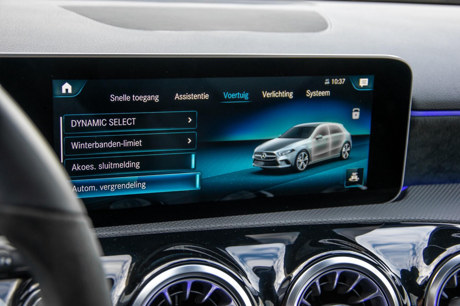 Mercedes-Benz A-Klasse 250 4-M AMG Panorama/Keyless-Entry/MBUX/HUD/Burmester/360/Multibeam LED Aut7 Foto 32