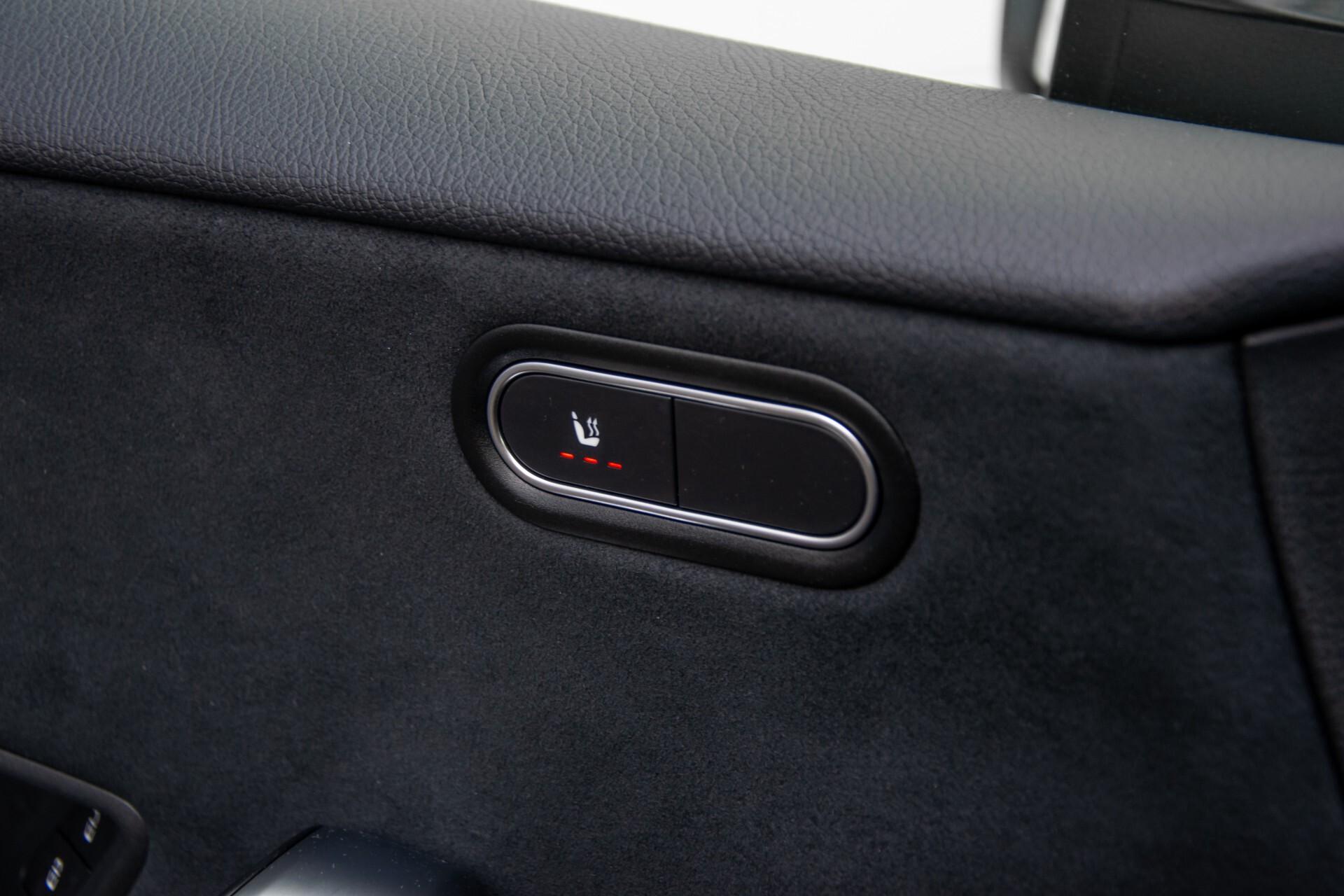 Mercedes-Benz A-Klasse 250 4-M AMG Panorama/Keyless-Entry/MBUX/HUD/Burmester/360/Multibeam LED Aut7 Foto 40