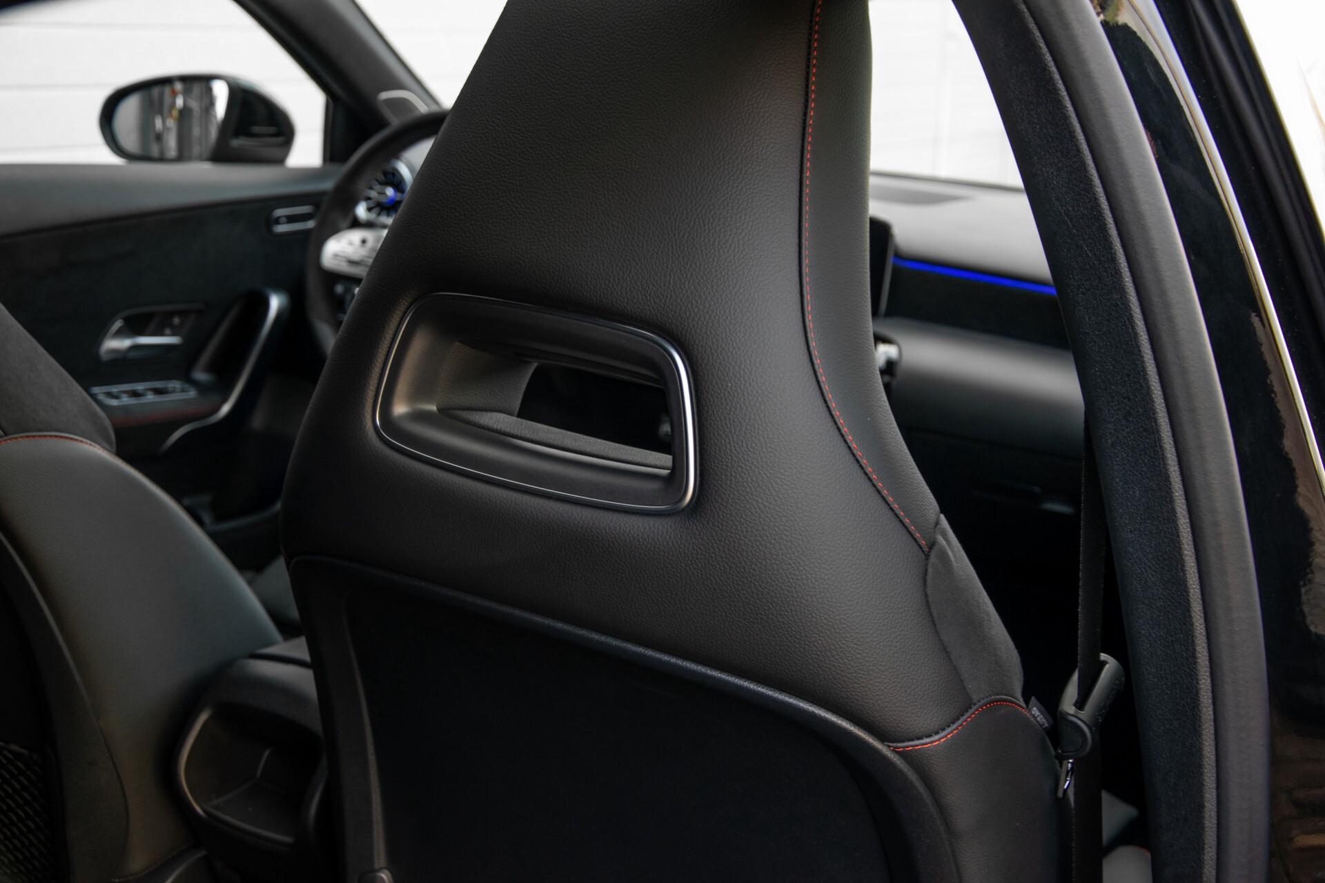 Mercedes-Benz A-Klasse 250 4-M AMG Panorama/Keyless-Entry/MBUX/HUD/Burmester/360/Multibeam LED Aut7 Foto 45