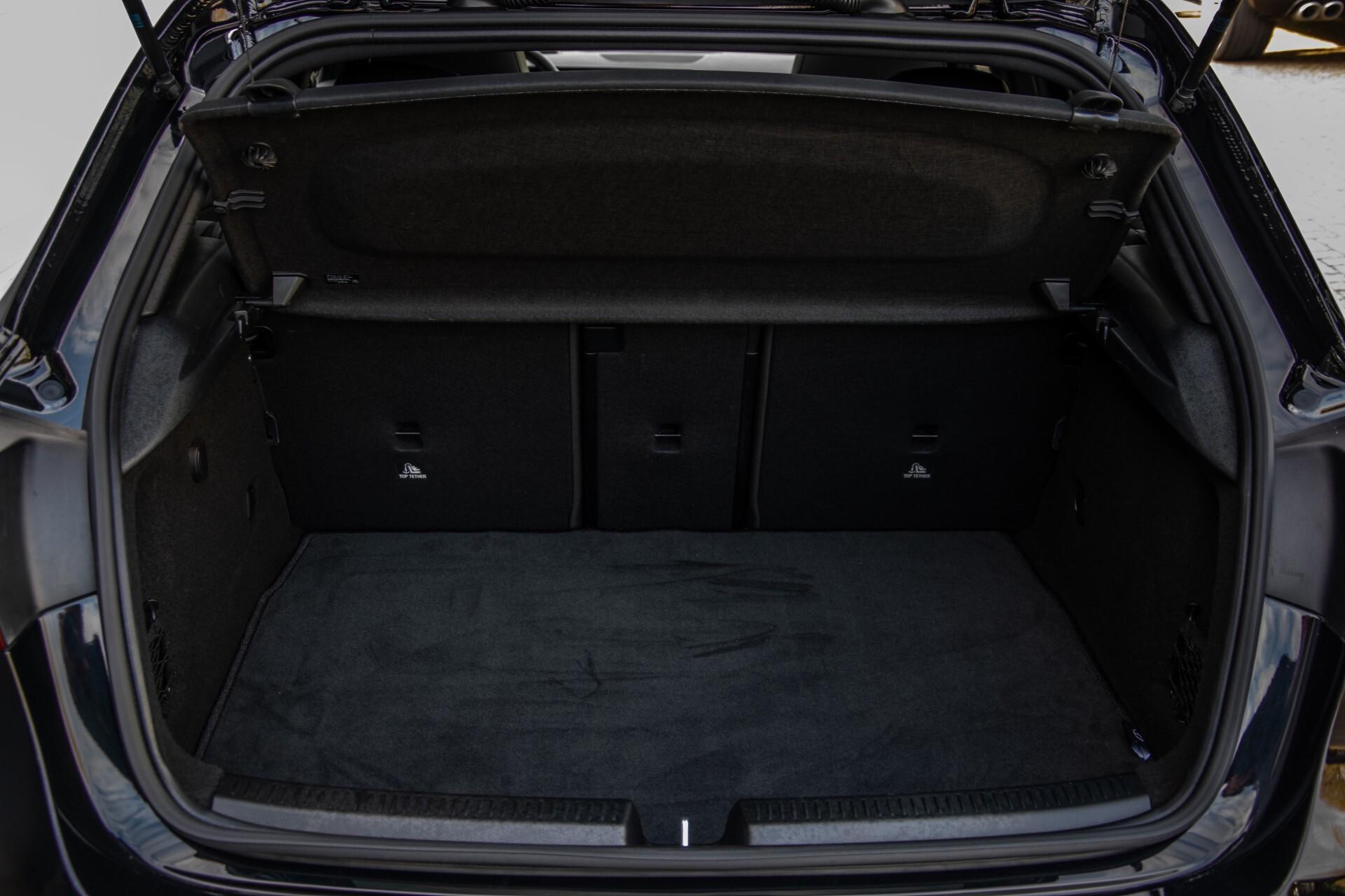 Mercedes-Benz A-Klasse 250 4-M AMG Panorama/Keyless-Entry/MBUX/HUD/Burmester/360/Multibeam LED Aut7 Foto 51