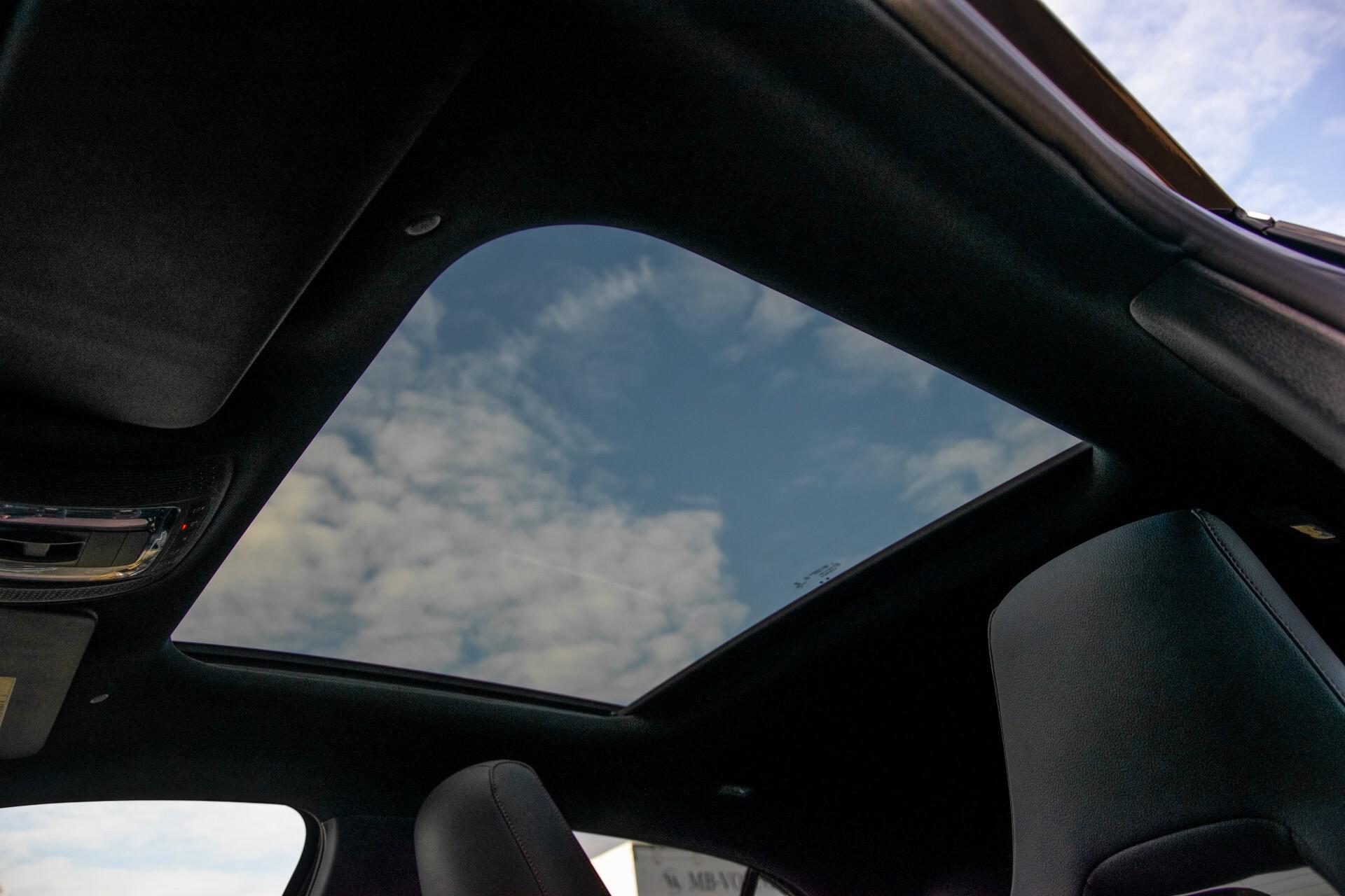 Mercedes-Benz A-Klasse 250 4-M AMG Panorama/Keyless-Entry/MBUX/HUD/Burmester/360/Multibeam LED Aut7 Foto 52