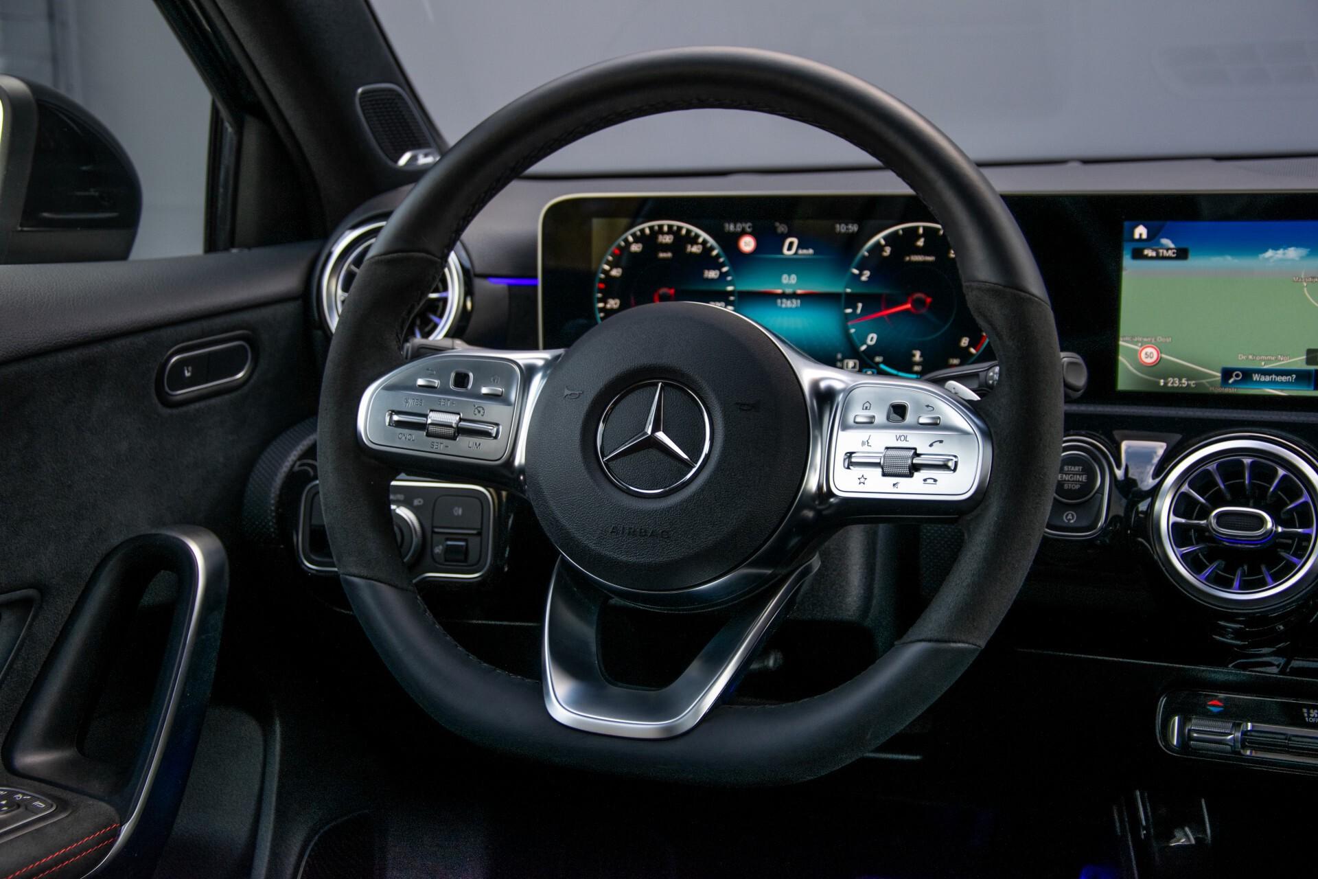 Mercedes-Benz A-Klasse 250 4-M AMG Panorama/Keyless-Entry/MBUX/HUD/Burmester/360/Multibeam LED Aut7 Foto 9