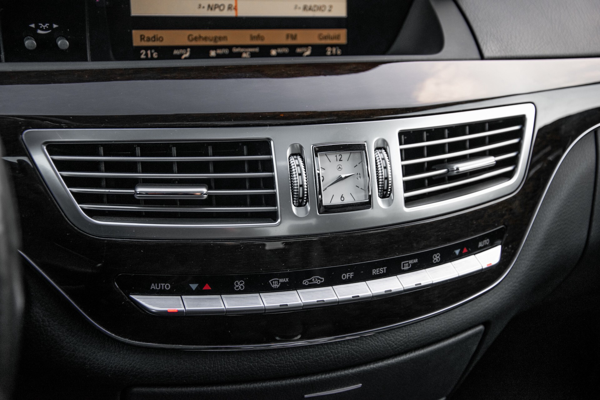 Mercedes-Benz S-Klasse 350 Bluetec Keyless/Distronic/Nightvision/Schuifdak/Harman-Kardon Aut7 Foto 19
