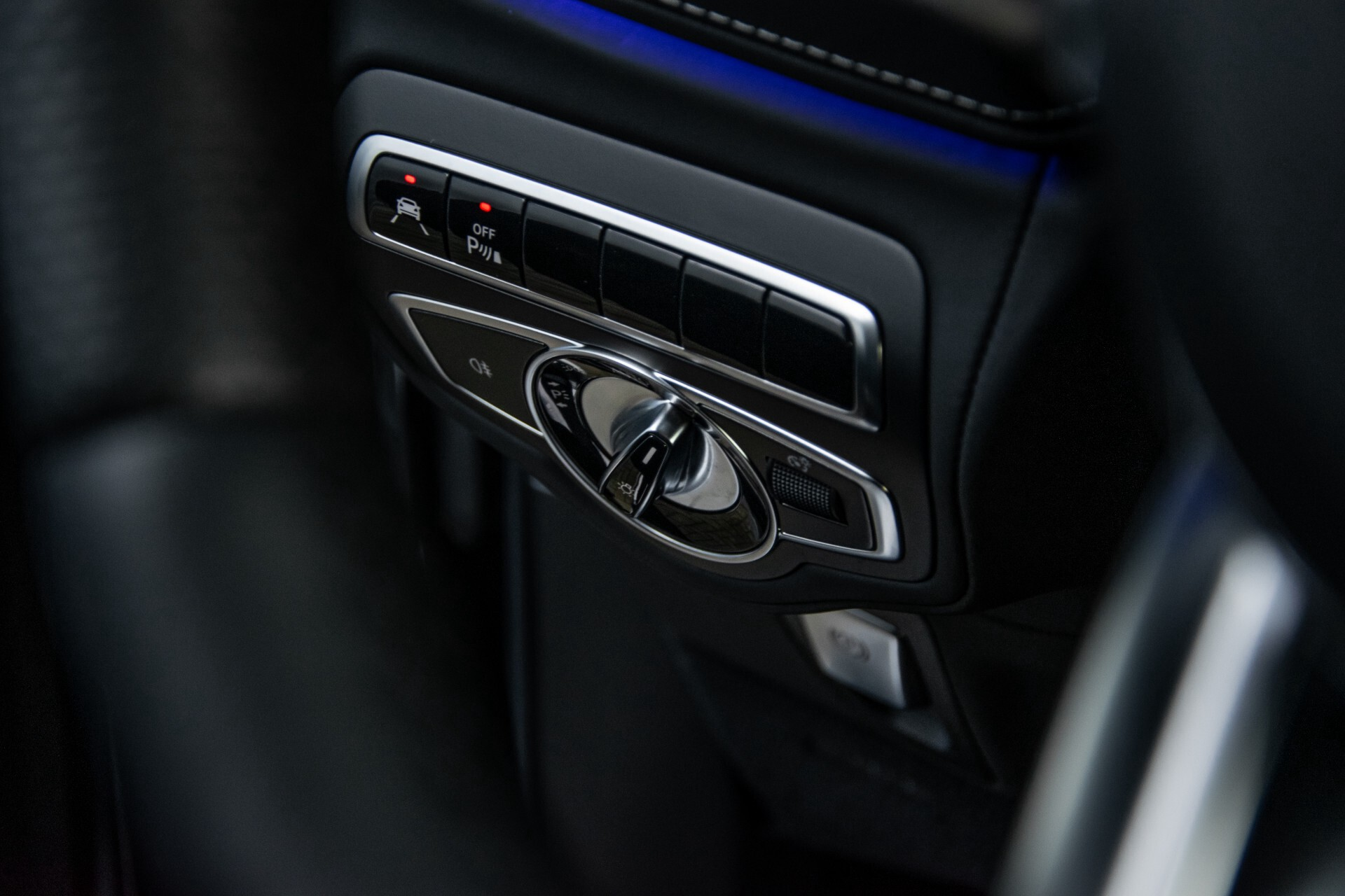 "Mercedes-Benz G-Klasse 63 AMG Night/Designo/Adaptive Cruise/Burmester/22""/Trekhaak/Massage/Exclusive Aut9 Foto 35"