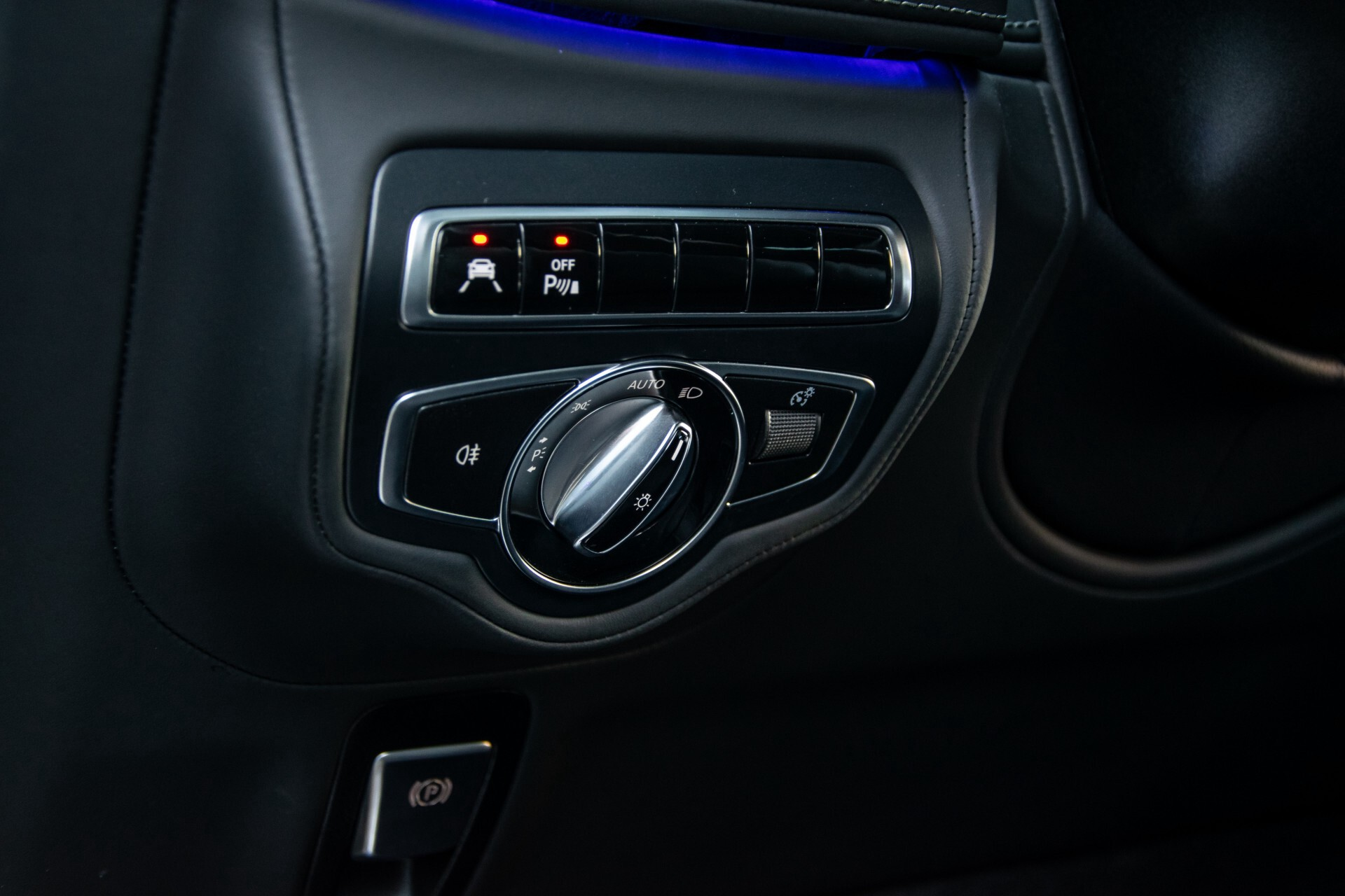 "Mercedes-Benz G-Klasse 63 AMG Night/Designo/Adaptive Cruise/Burmester/22""/Trekhaak/Massage/Exclusive Aut9 Foto 36"