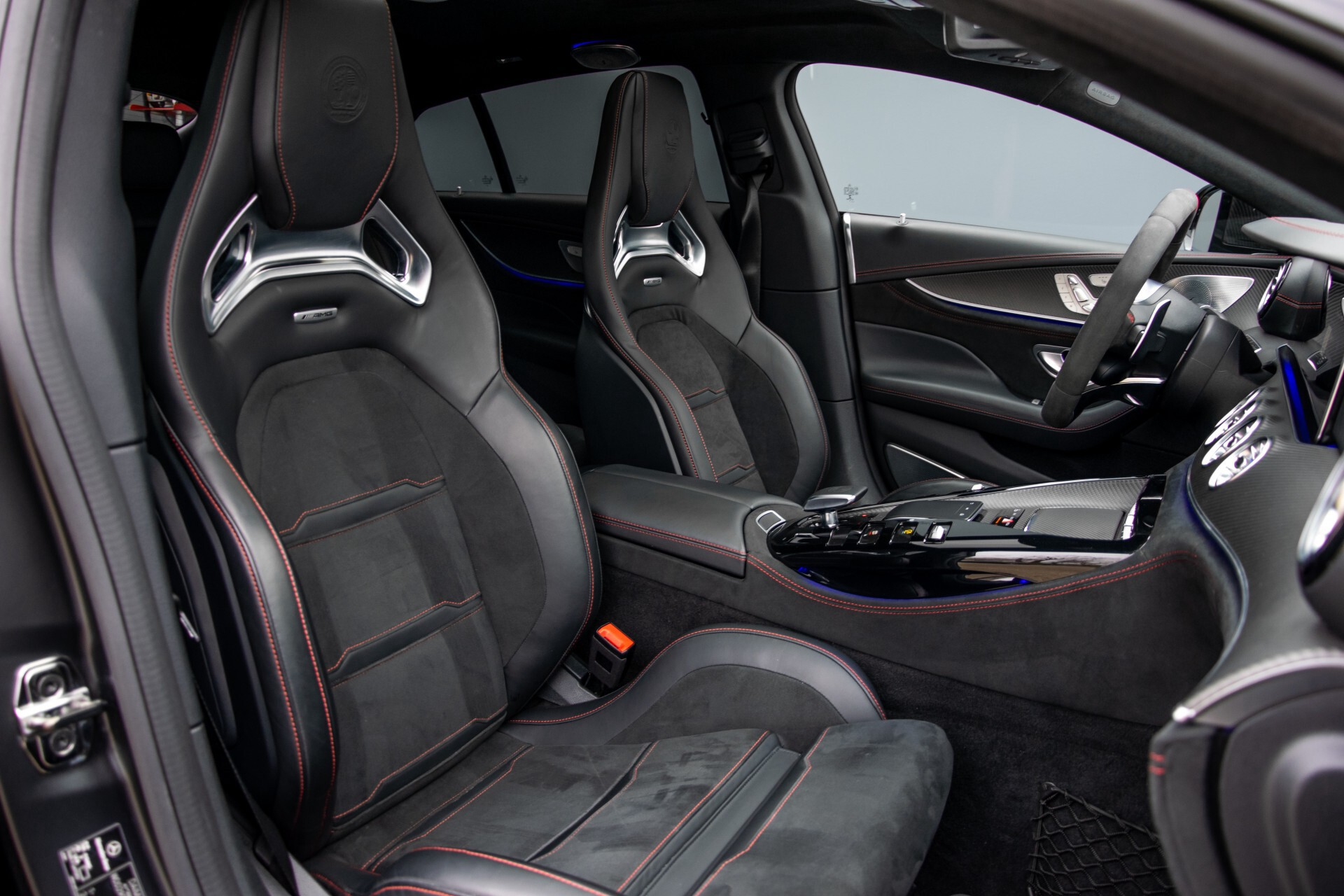 Mercedes-Benz AMG GT 4-Door Coupe 63 S 4M+ Keramisch/Full Carbon/Aerodynamica/Burmester 3D/TV/Performance stoelen/Standkachel Aut9 Foto 3