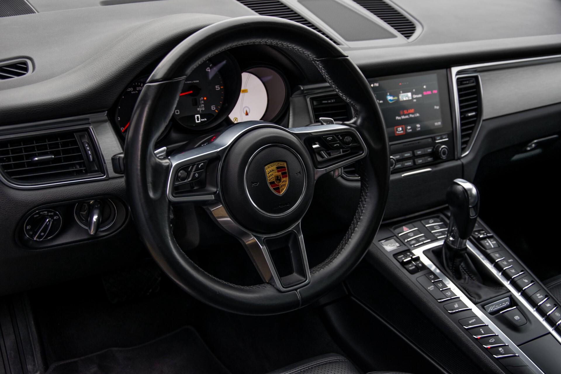 Porsche Macan 3.0 D S Luchtvering/Sport Design/Keyless/Panorama/ACC/Camera Aut Foto 17